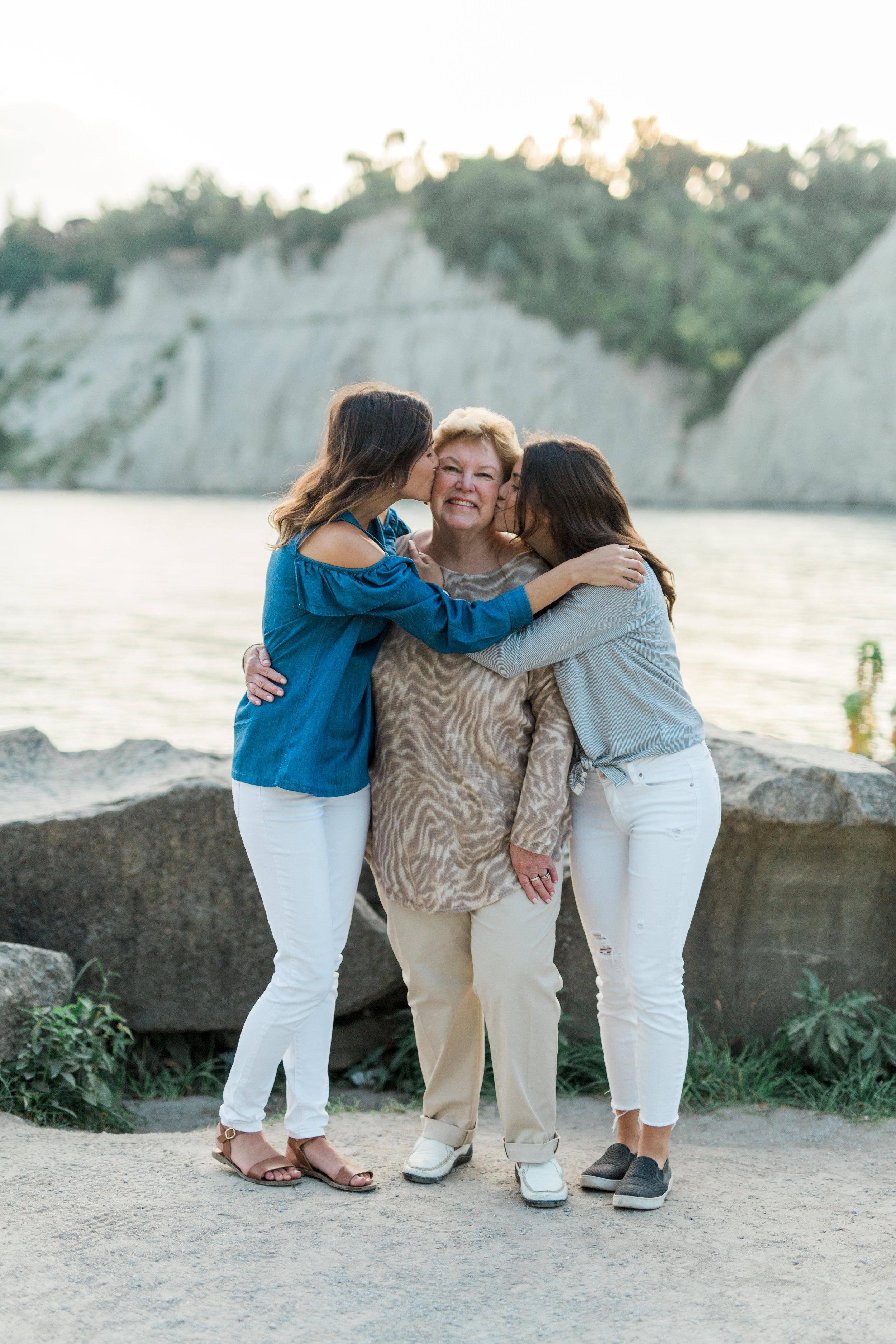 Danielle-Giroux-Amir-Golbazi-Genua-Family-Photography-Scarborough-Bluffs-9459.jpg