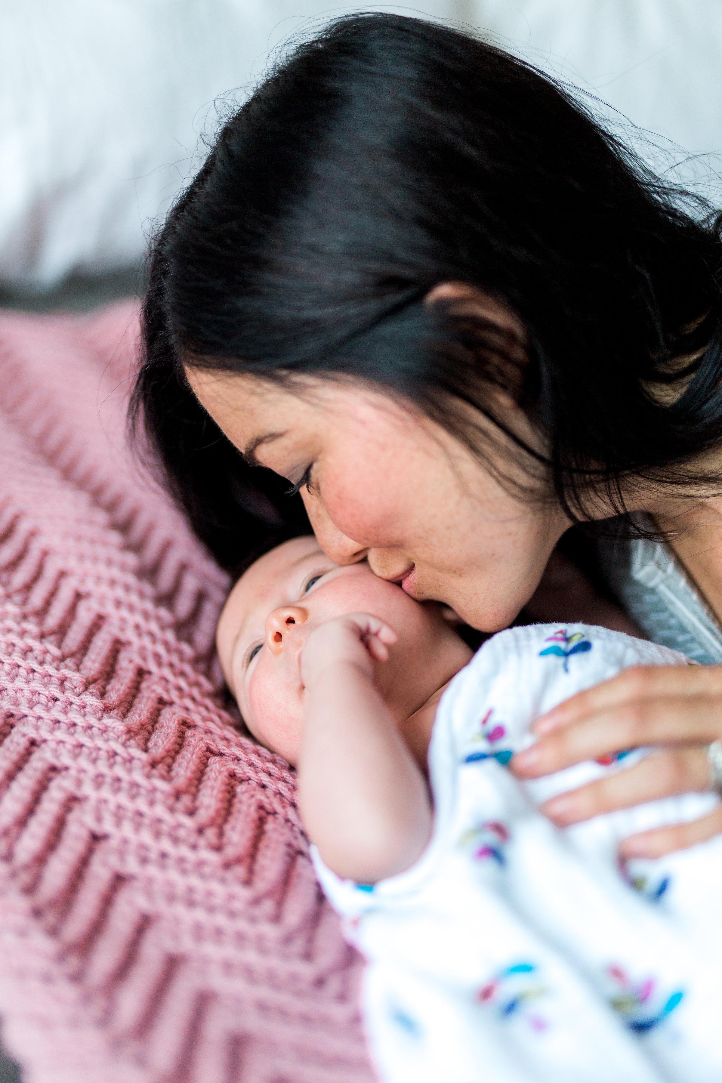 Danielle-Giroux-Newborn-Family-Photography-Toronto_BabyQuinn_166.jpg