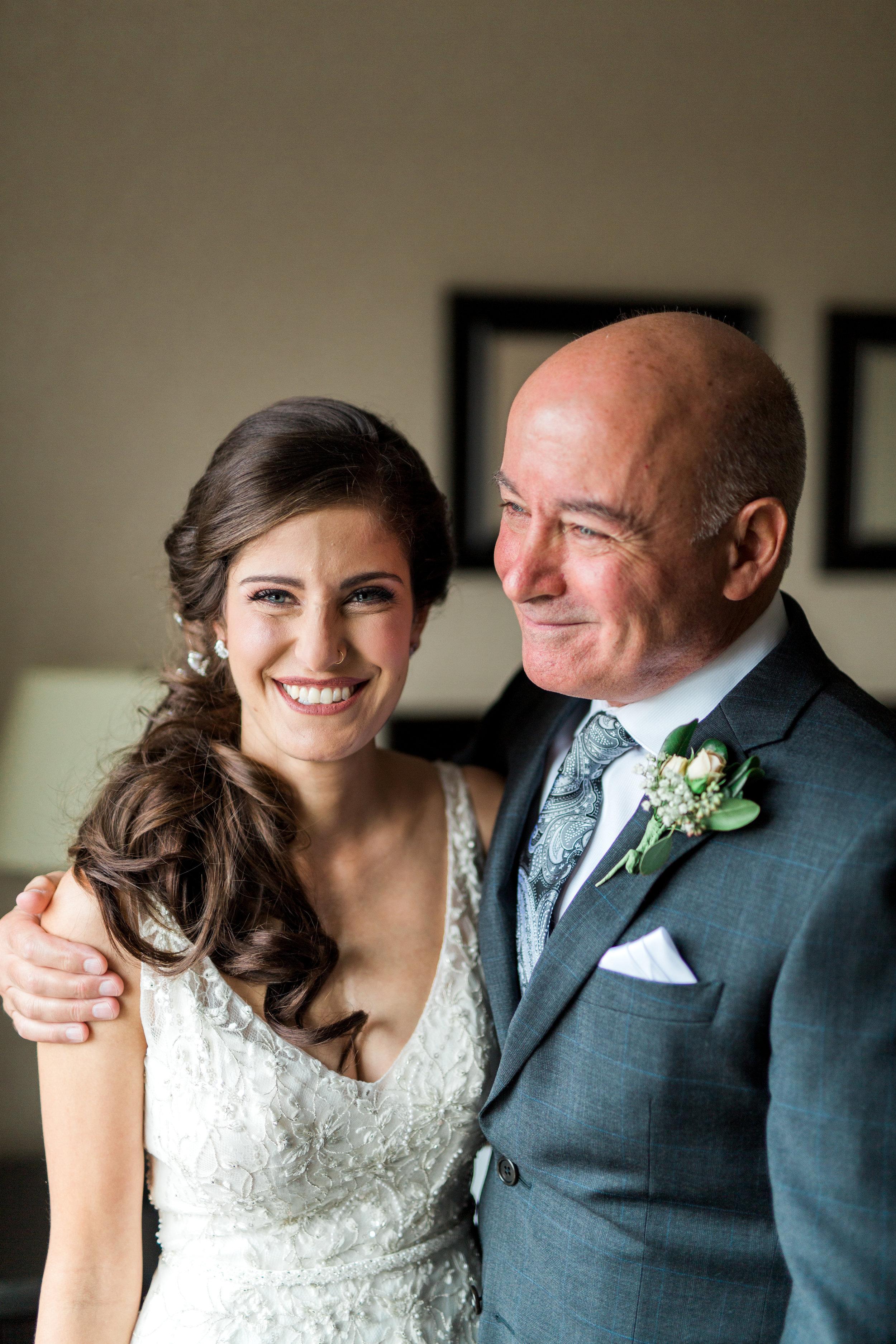 Amir-Golbazi-Danielle-Giroux-Photography_Toronto-Wedding_Cedarwood_Rachel-Paul_114.jpg
