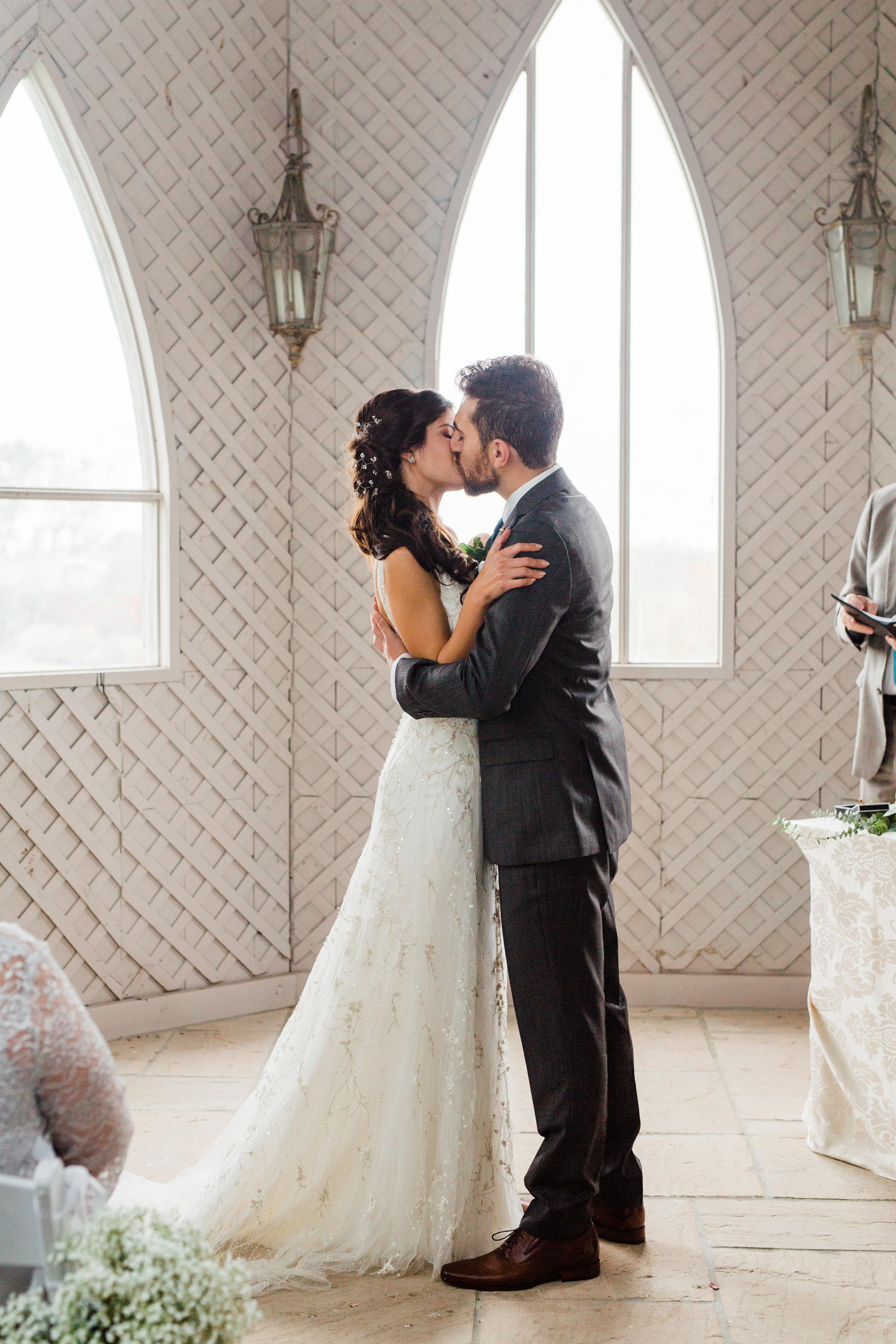Amir-Golbazi-Danielle-Giroux-Photography_Toronto-Wedding_Cedarwood_Rachel-Paul_208.jpg