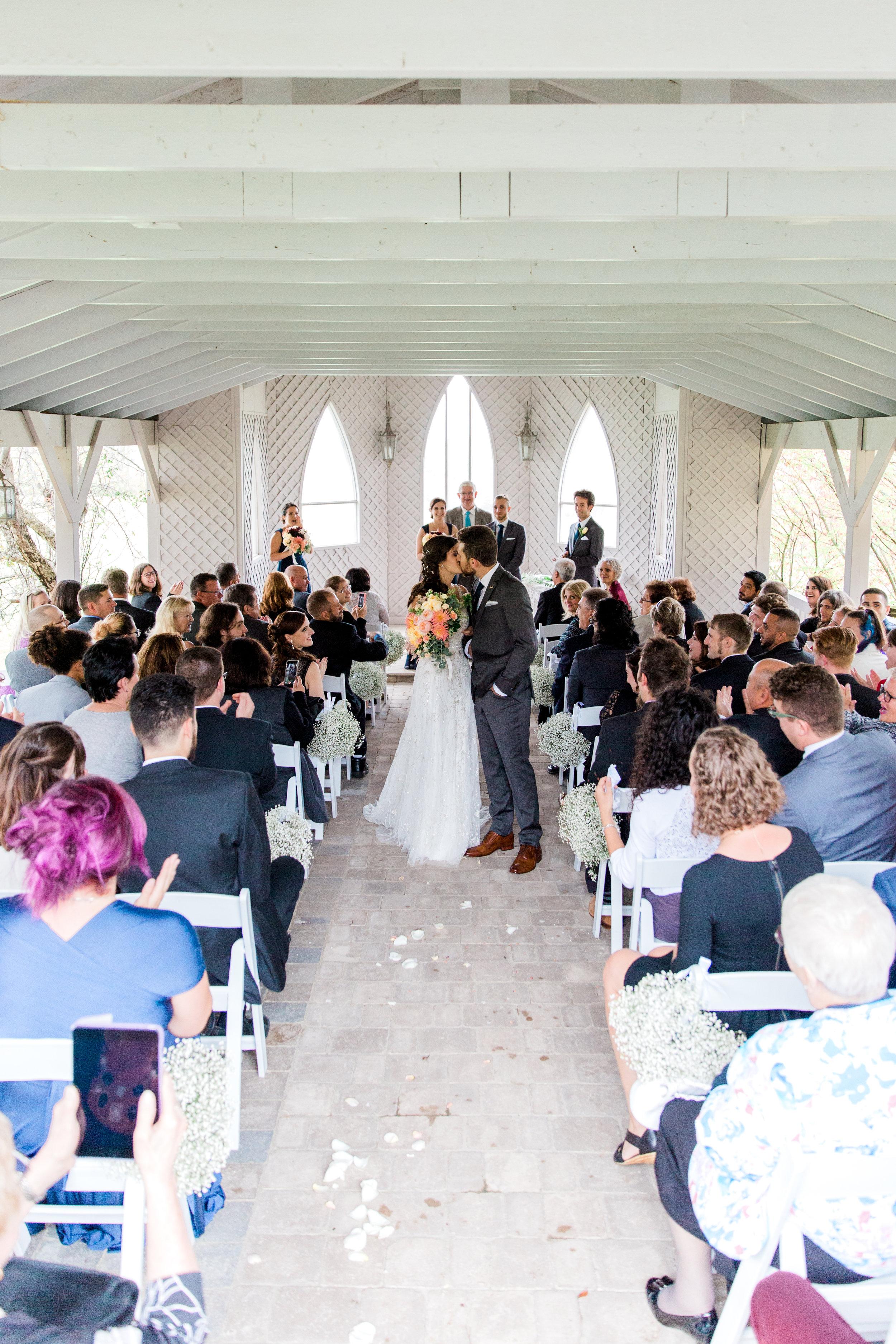 Amir-Golbazi-Danielle-Giroux-Photography_Toronto-Wedding_Cedarwood_Rachel-Paul_231.jpg
