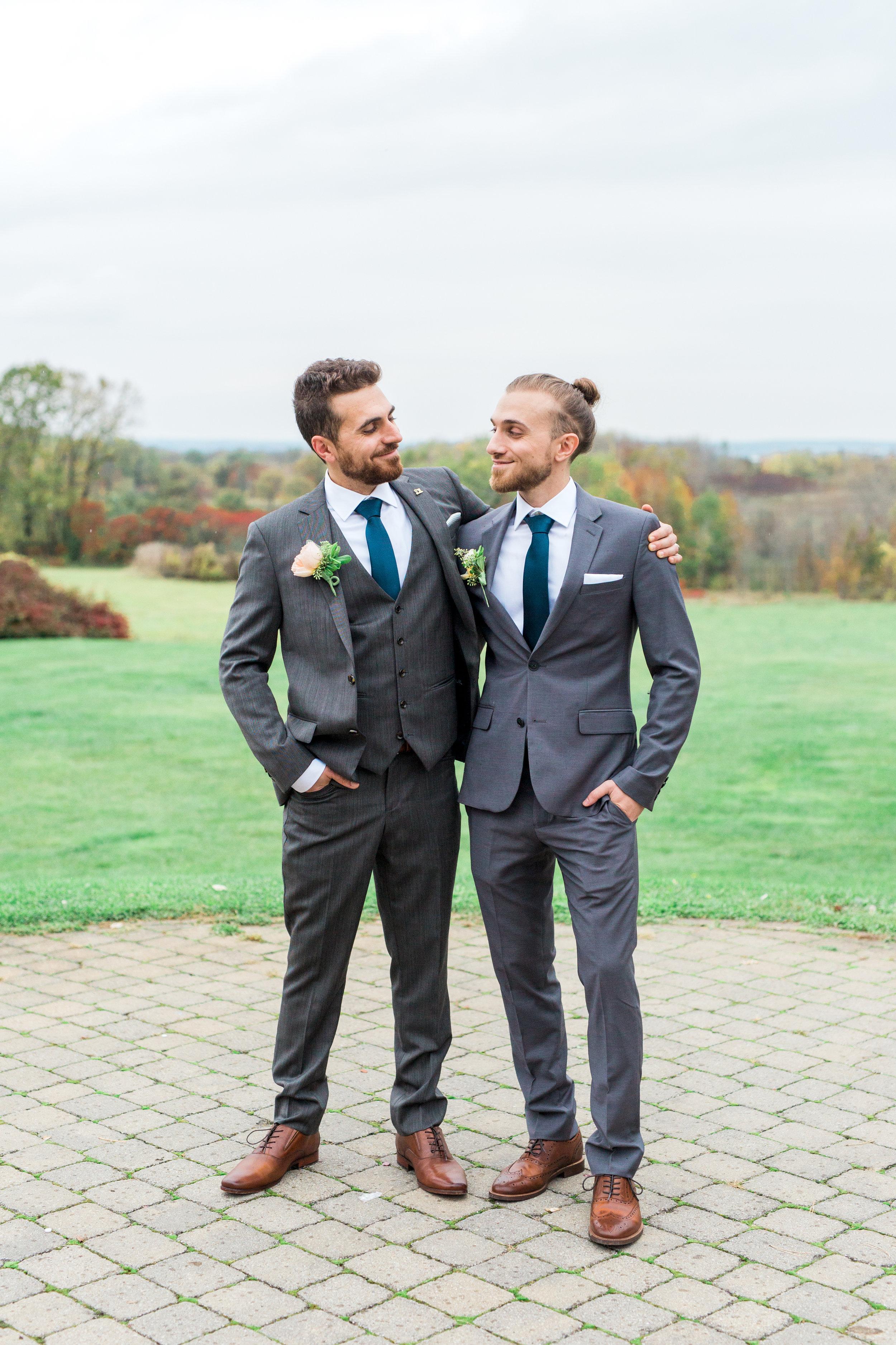 Amir-Golbazi-Danielle-Giroux-Photography_Toronto-Wedding_Cedarwood_Rachel-Paul_382.jpg