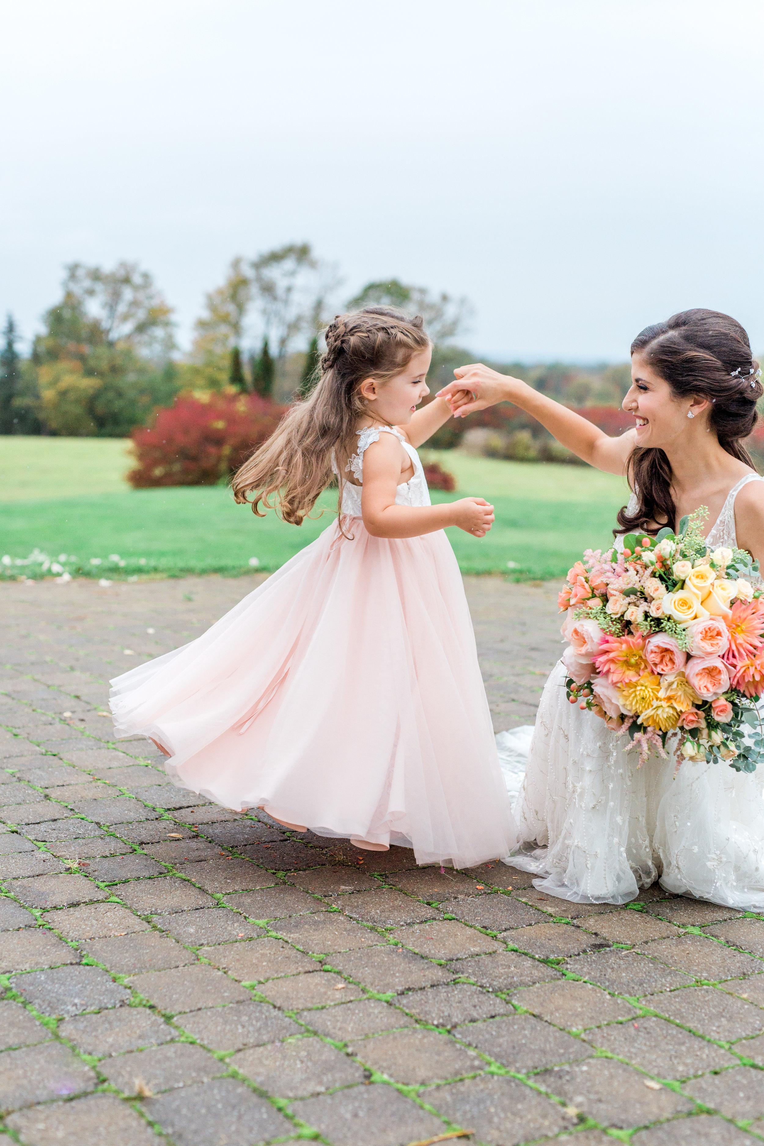 Amir-Golbazi-Danielle-Giroux-Photography_Toronto-Wedding_Cedarwood_Rachel-Paul_433.jpg