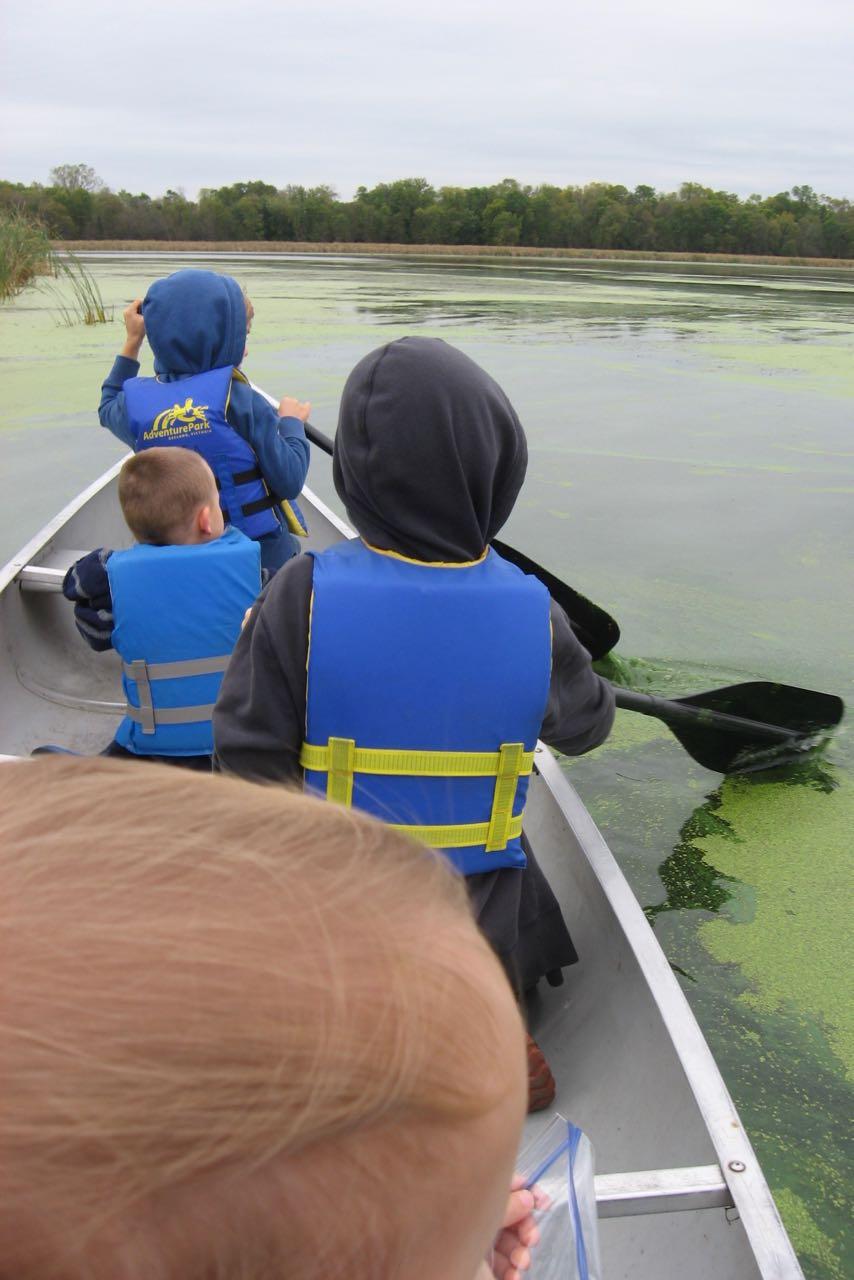 (Mommy loves canoeing!)