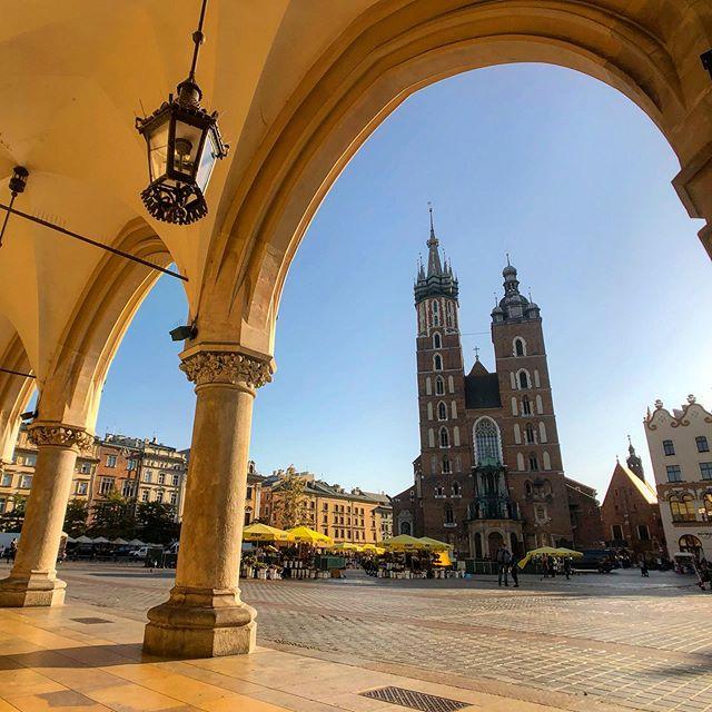 St. Mary's Basilica, Kraków, Poland #poland #krakow #stmarysbasilica