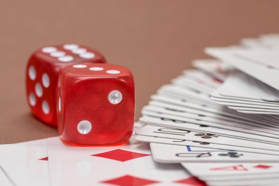 gambling-570701_1920 compressed.jpg