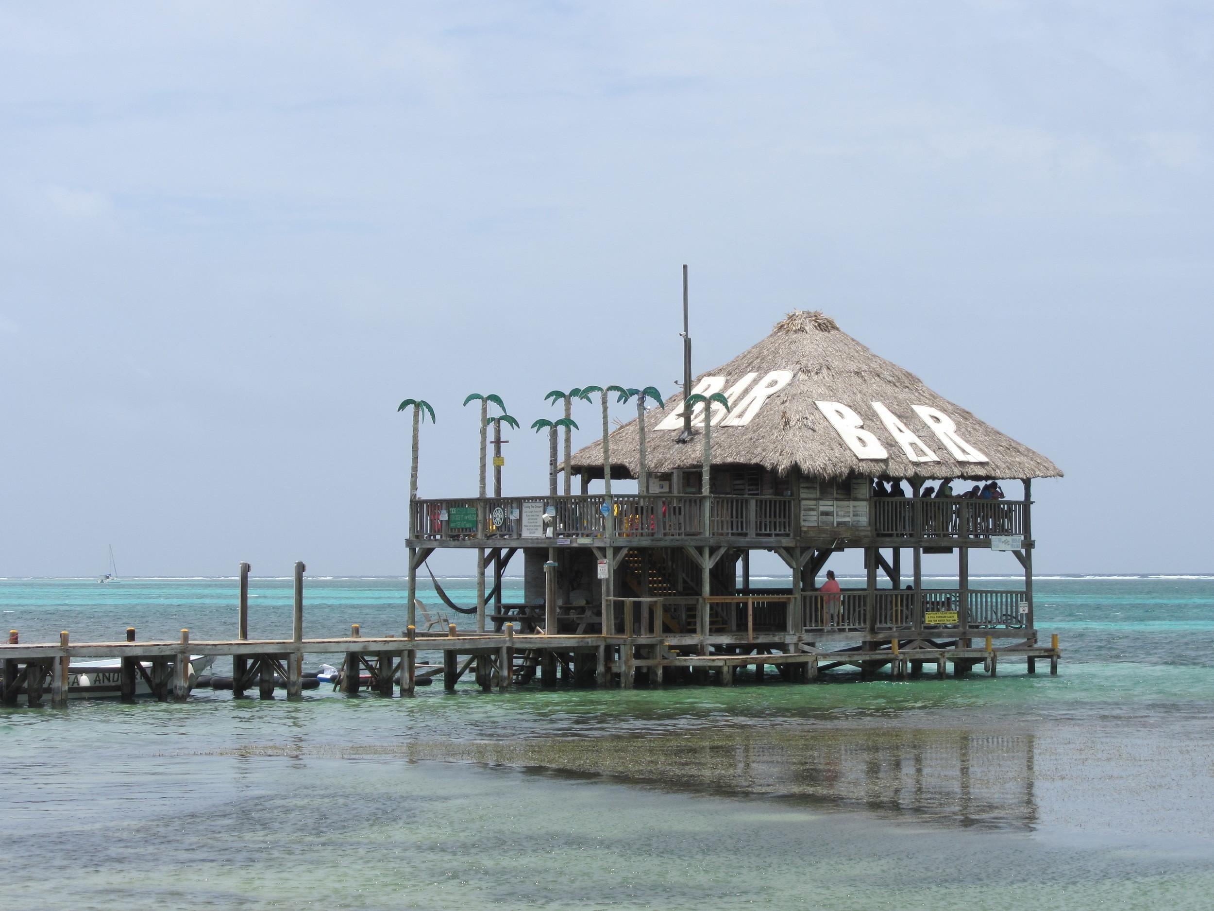 Palapa Bar & Grill, Belize