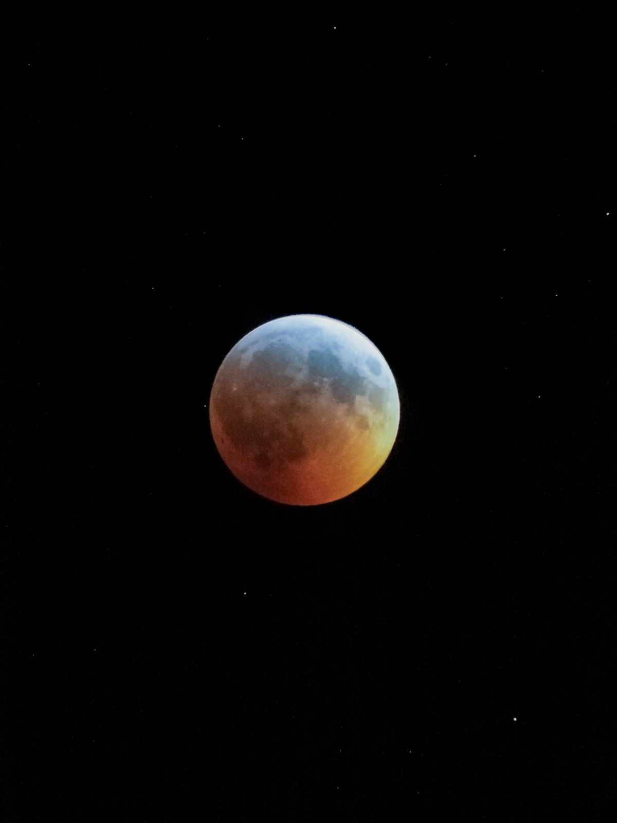 Turquoise Effect during Lunar Eclipse