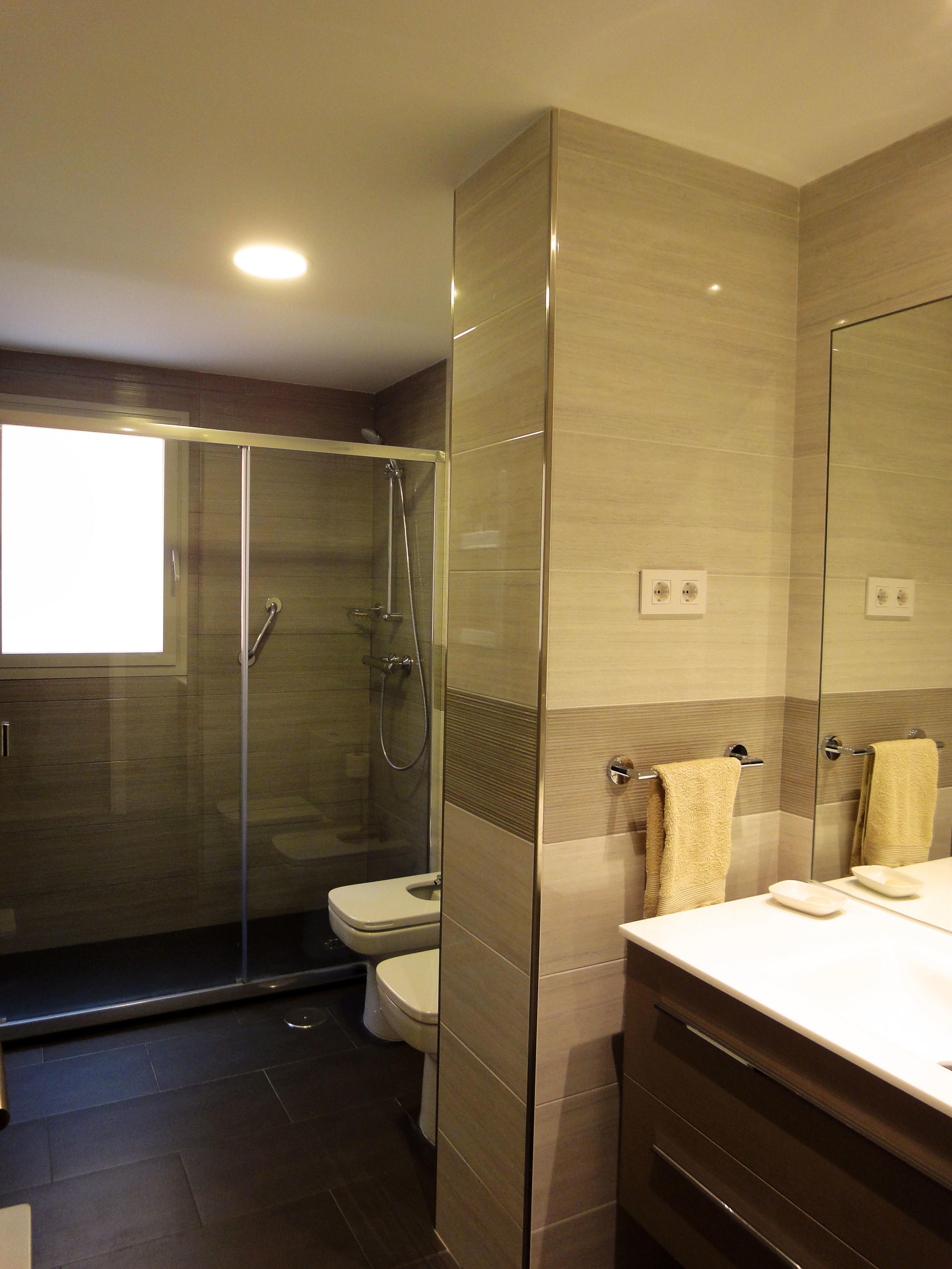 Baño 2, luego de la restauración.