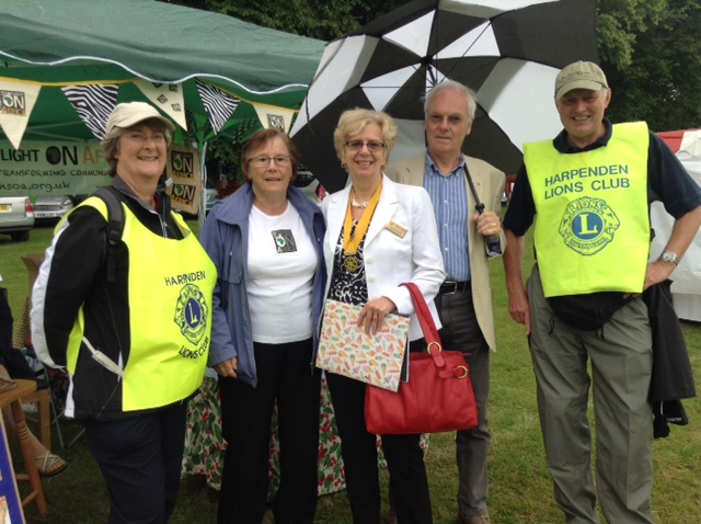 Valerie Beale - the Vice President of the Harpenden Village Rotary Club and 2 of the Harpenden Lions Club volunteers.