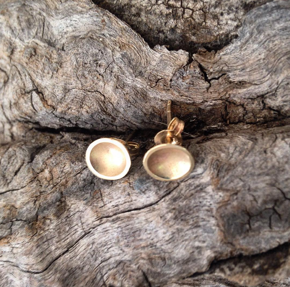 Yellow gold Dish Studs