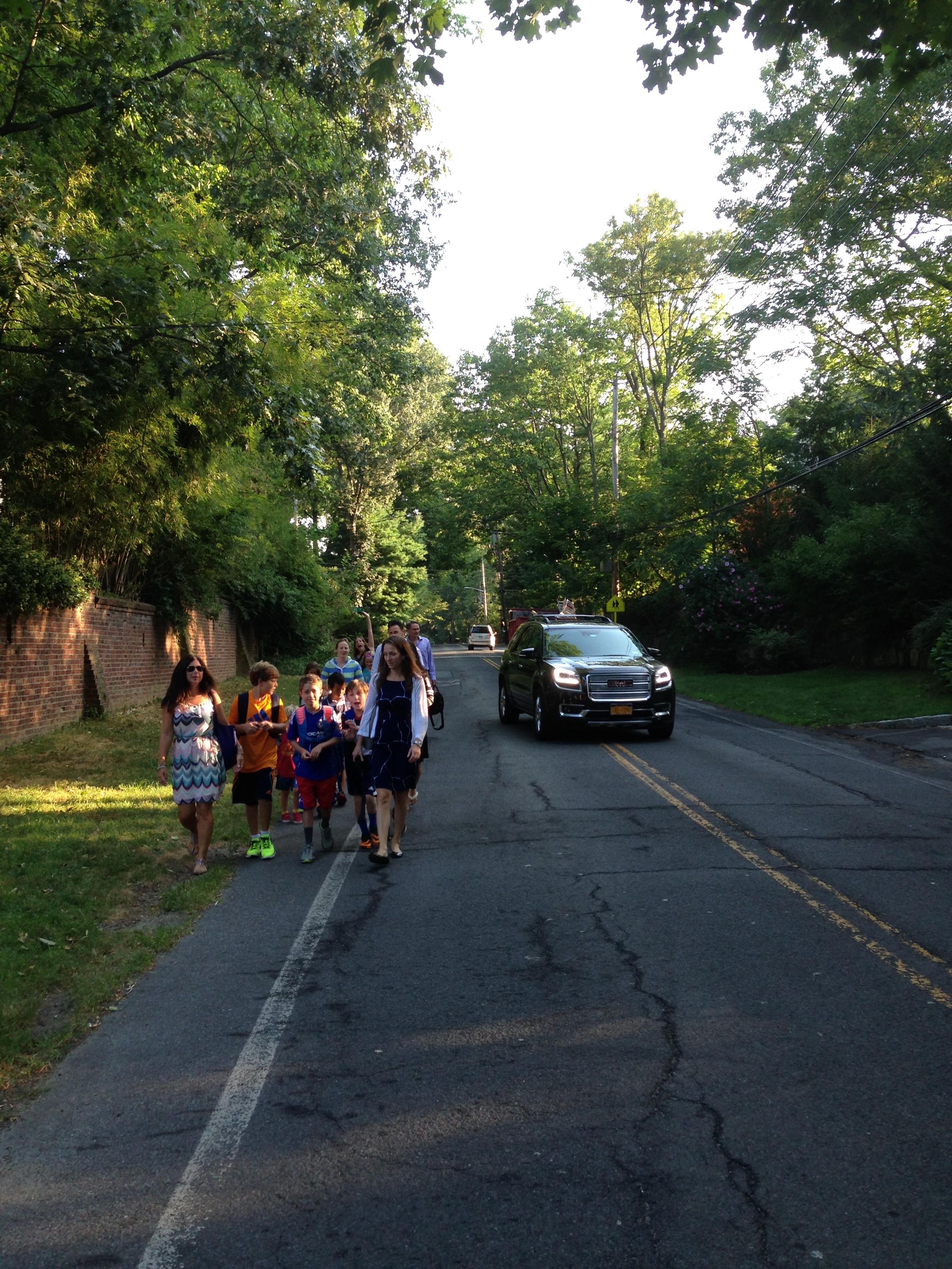 Children walking to school on Forest Avenue