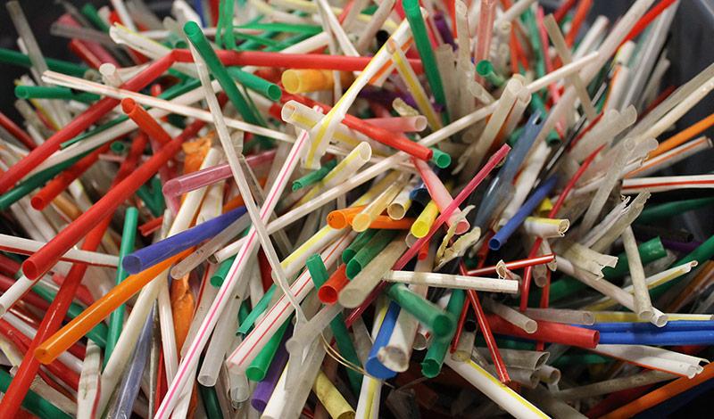 plastic-straws.jpg