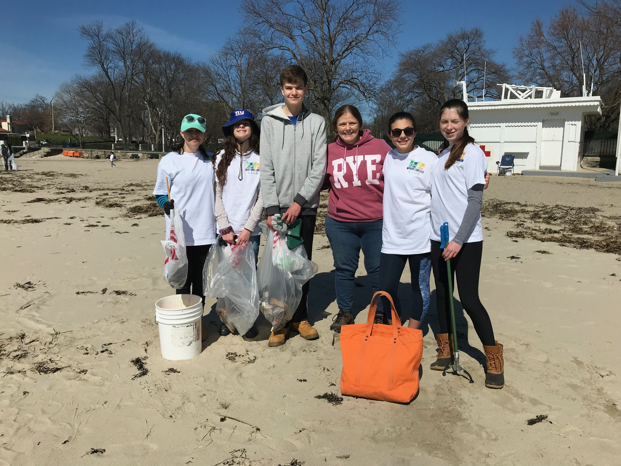 Watch a video about the plastic waste that litters Rye's beaches - Rye Sustainability, Rye students and Rye Town Park members at a recent Rye beach cleanup.