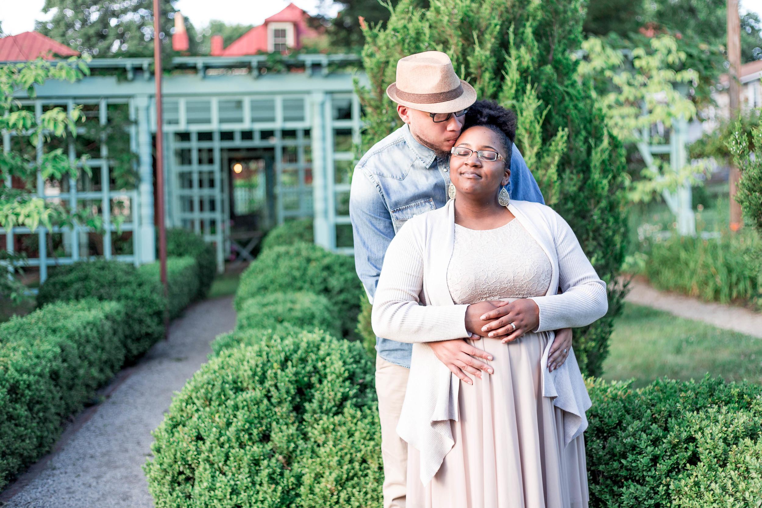 maternity photo session Lynchburg