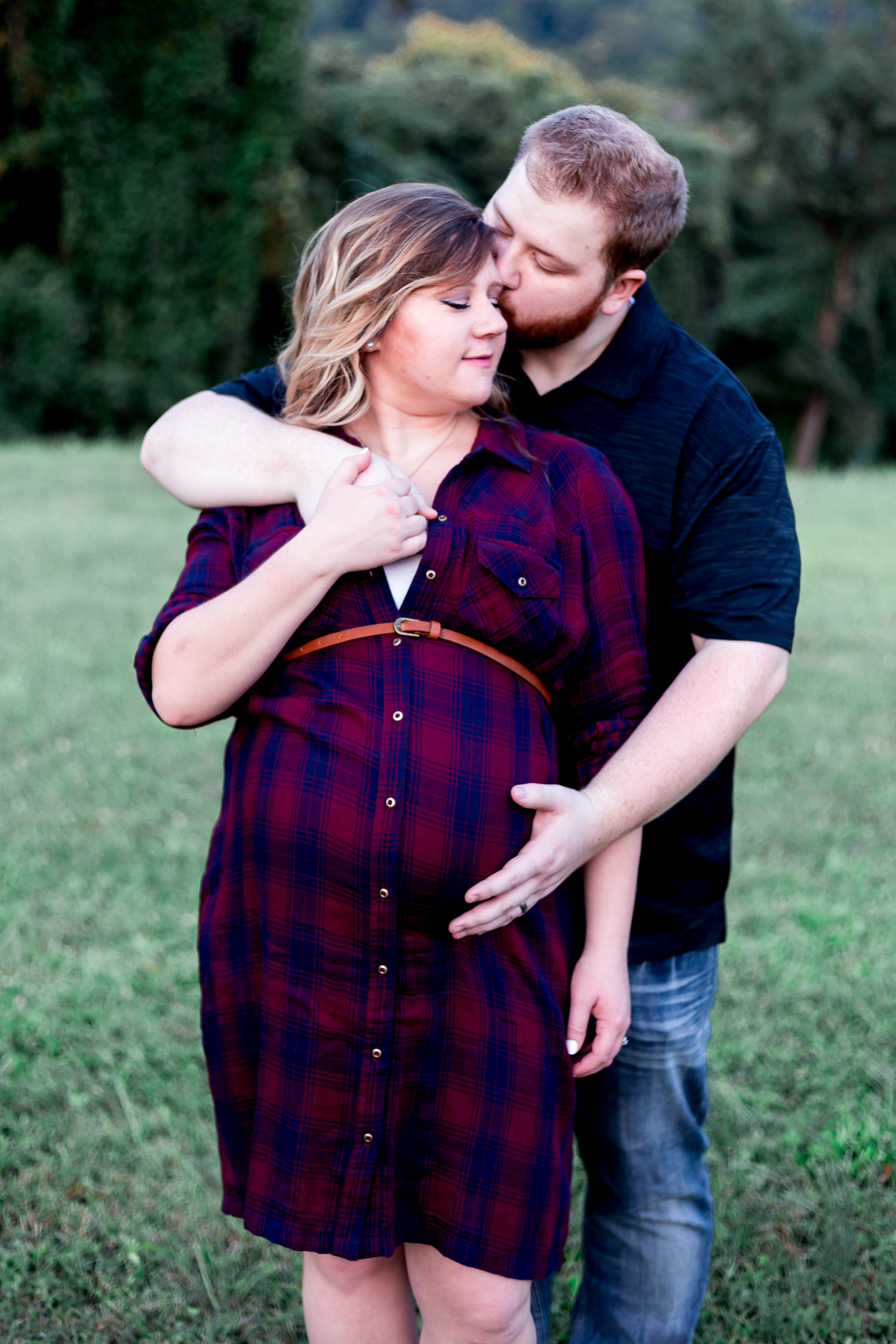 mmw-lynchburg-maternity-photo-session-26.jpg