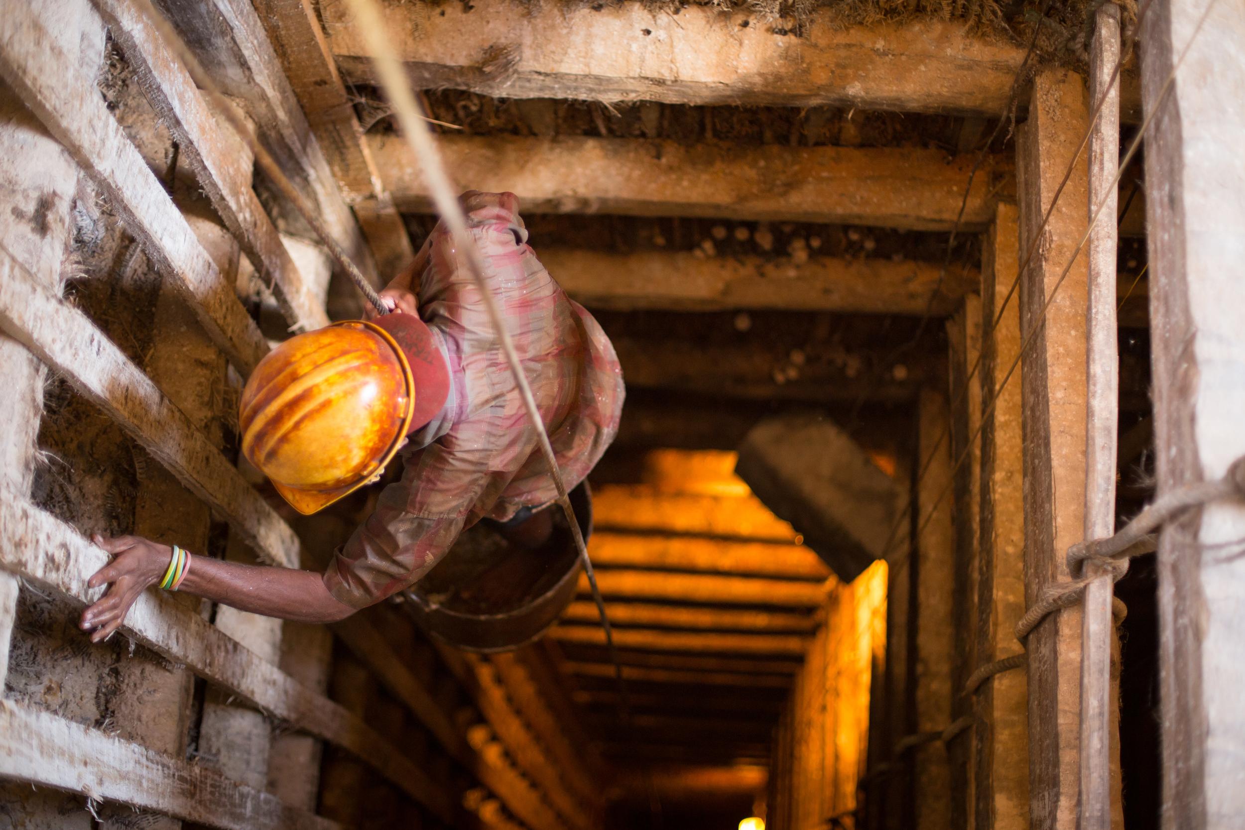 Descending into a moonstone mine -Meetiyagoda,Sri Lanka