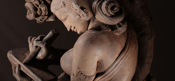 Celestial Beauty ( Surasundari ), Chandela, c. 10th century CE (detail). © Indian Museum, Kolkata