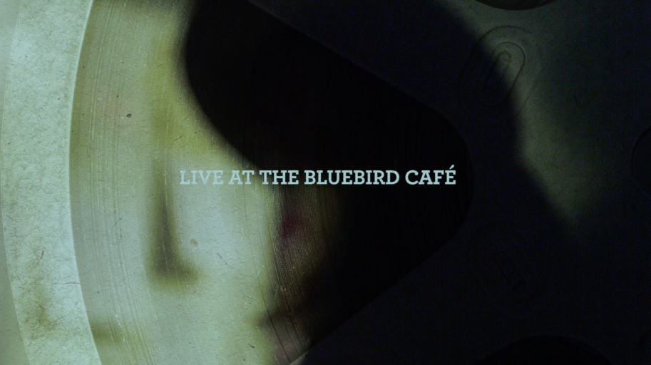 SHERYLCROW_LIVEATTHEBLUBIRDCAFE_ROLLINGSTONEFILMS_EVERYBODY_LOUISTUMOLO.png