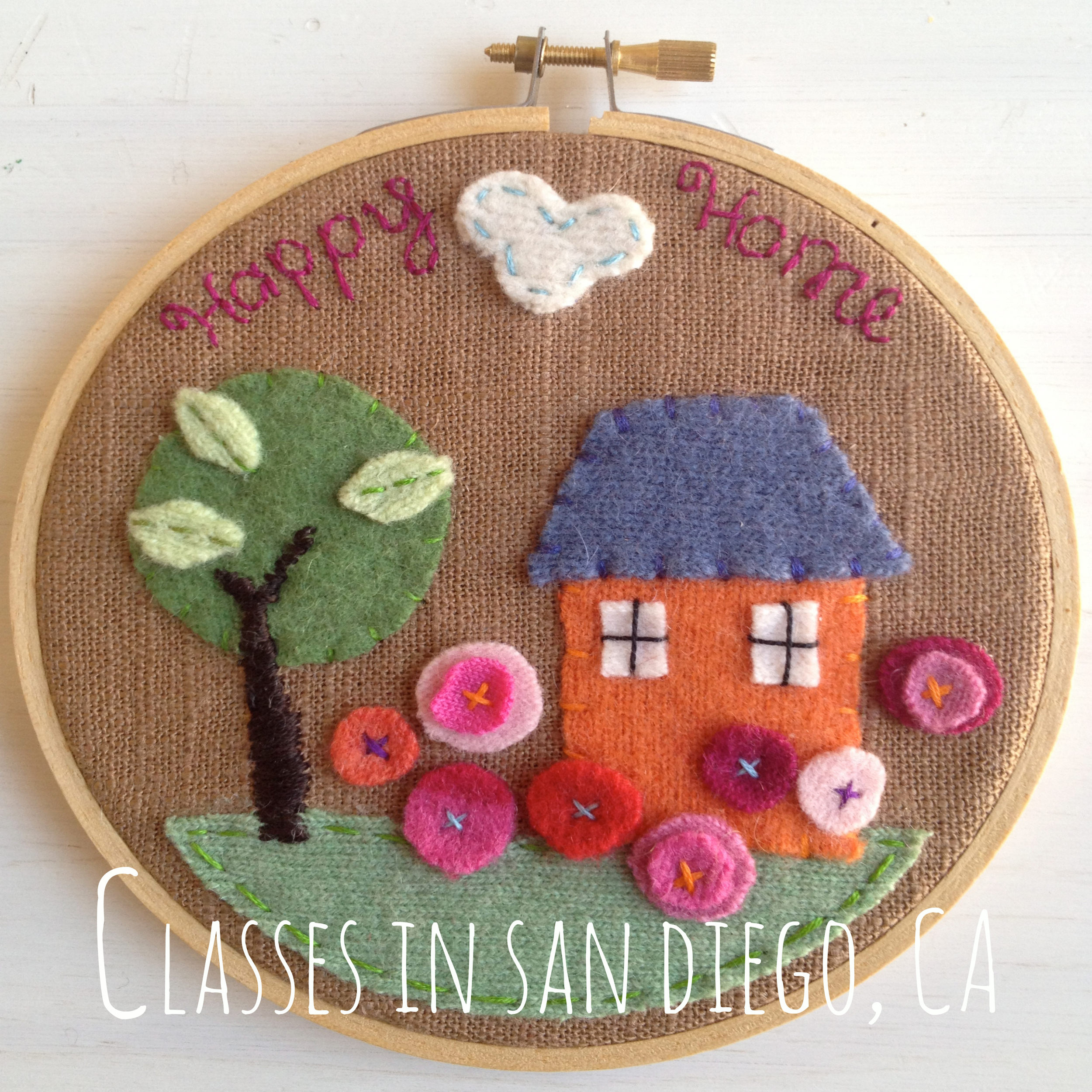 CLICK ON THE IMAGE ABOVE to find out about upcoming classes in San Diego, CA. Classes are taught at my beautiful art and fiber studio located close to the Balboa Park area of San Diego..