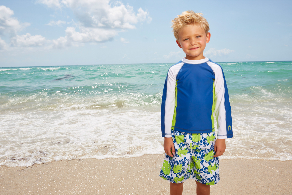 Little-Boys-Rashguard-Sets_Cabana-Life_Green-Frogs-Rashguard-Set-1.jpg
