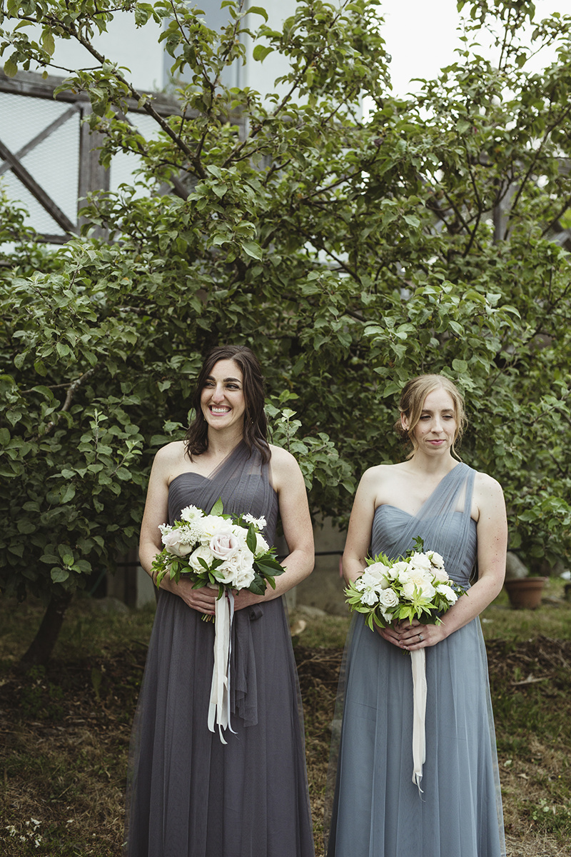 sea cider wedding vancouver island wedding photographer