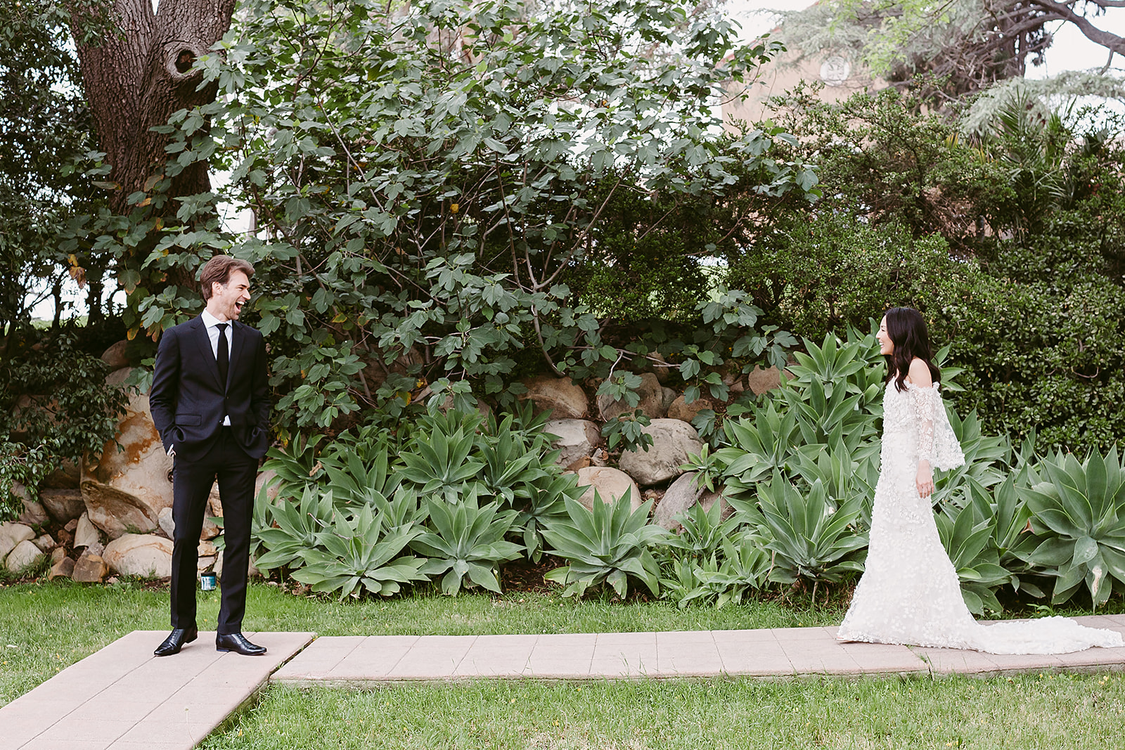 Paramour Mansion wedding in Los Angeles - First Look