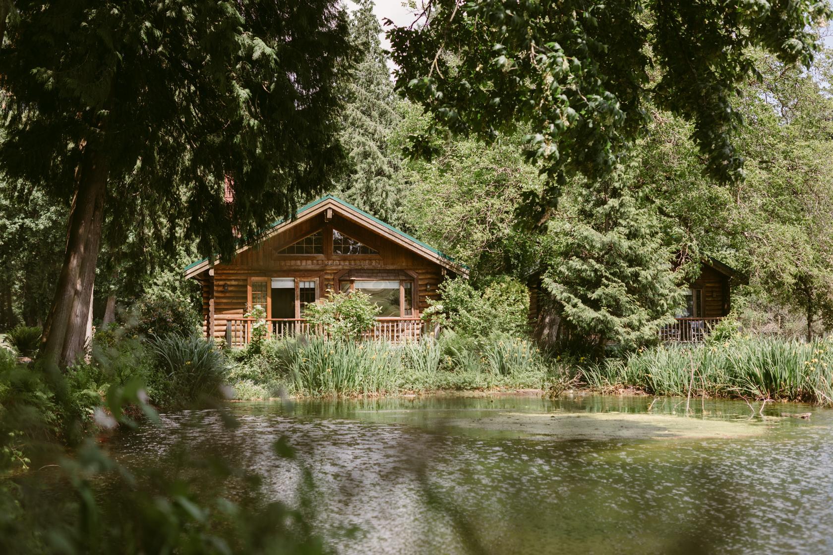 rowena's inn on the river wedding