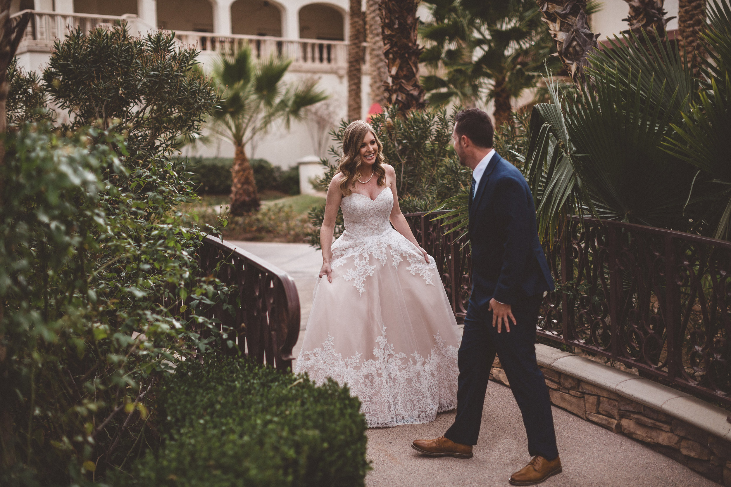 lindsey-and-ryan-intimate-winter-wedding13.jpg