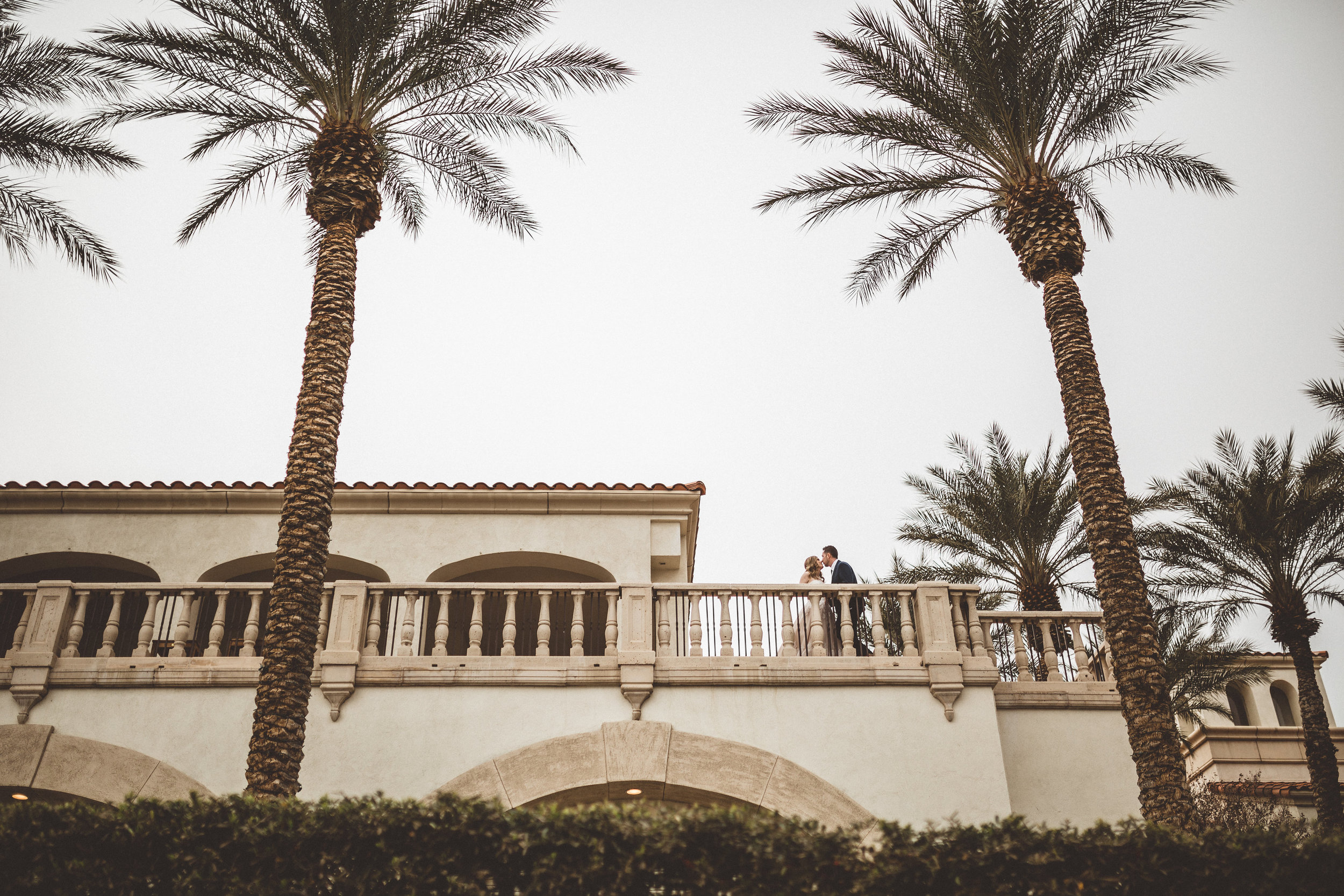 lindsey-and-ryan-intimate-winter-wedding21.jpg