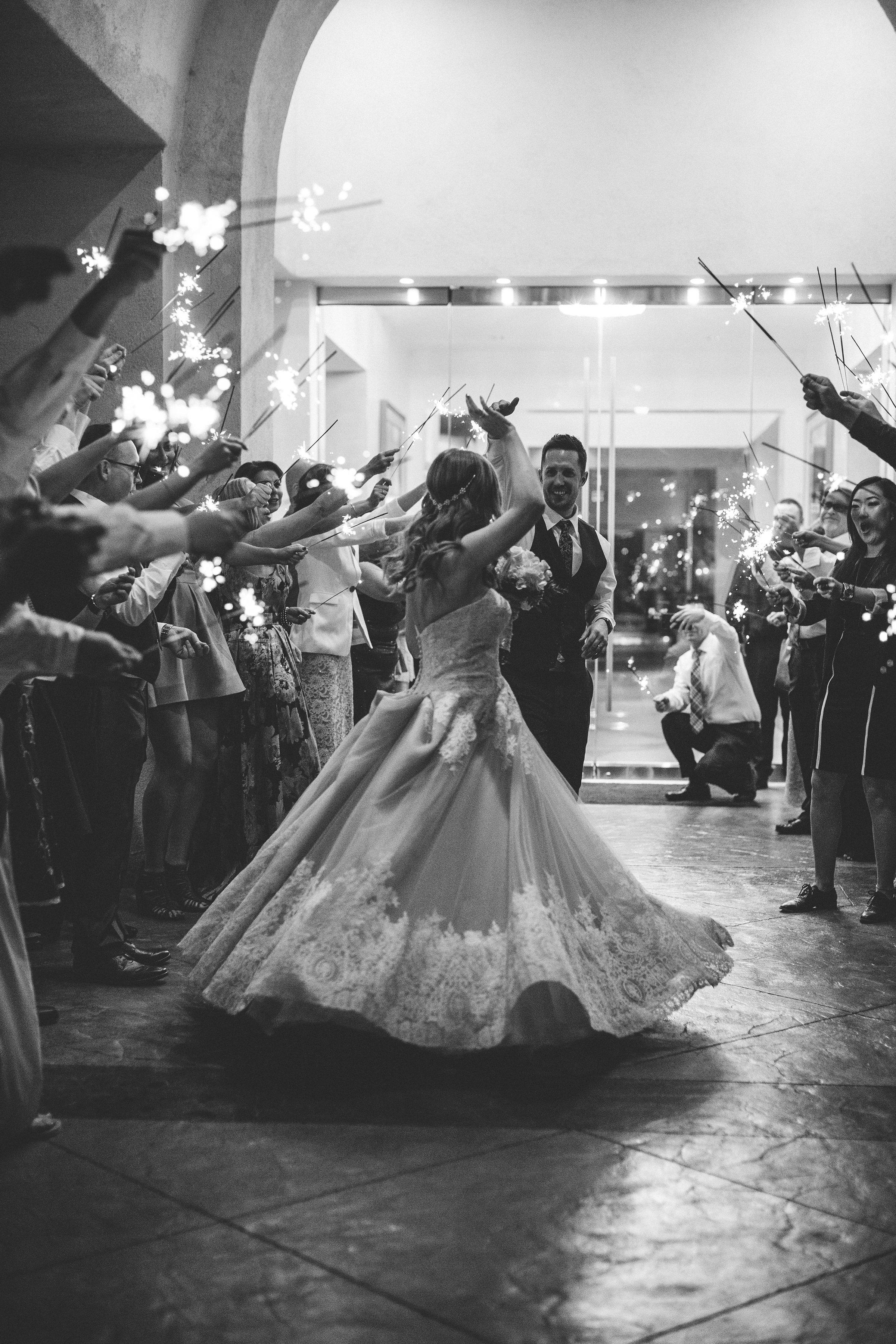 lindsey-and-ryan-intimate-winter-wedding45.jpg