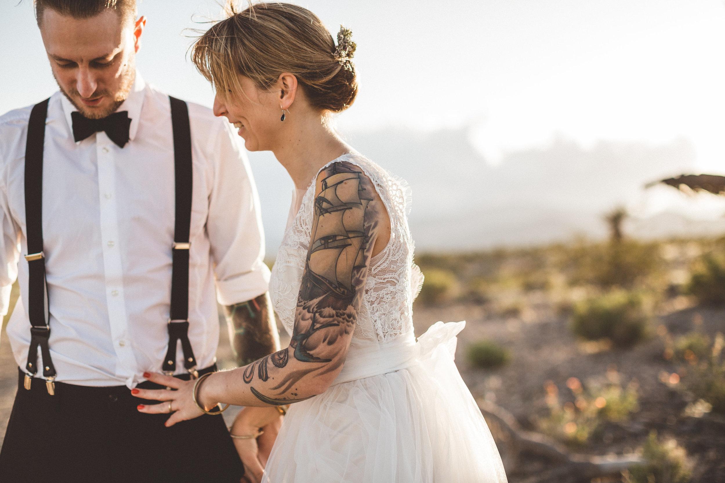 meike-and-rene-las-vegas-desert-elopement32.jpg