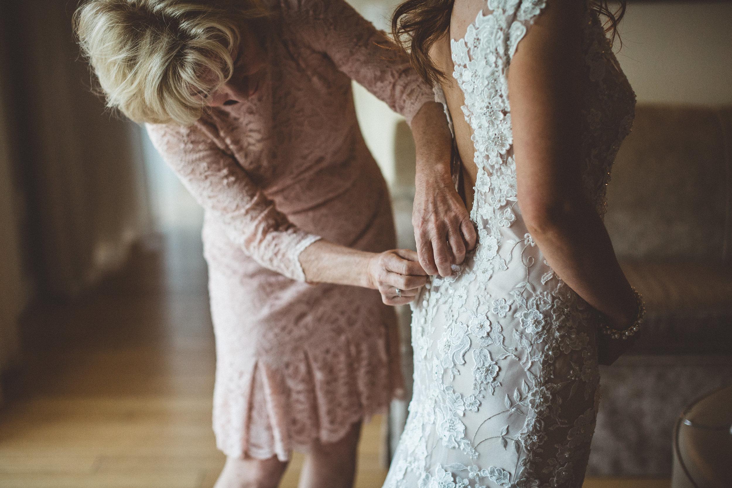 jenna-and-erics-romantic-sedona-wedding5.jpg