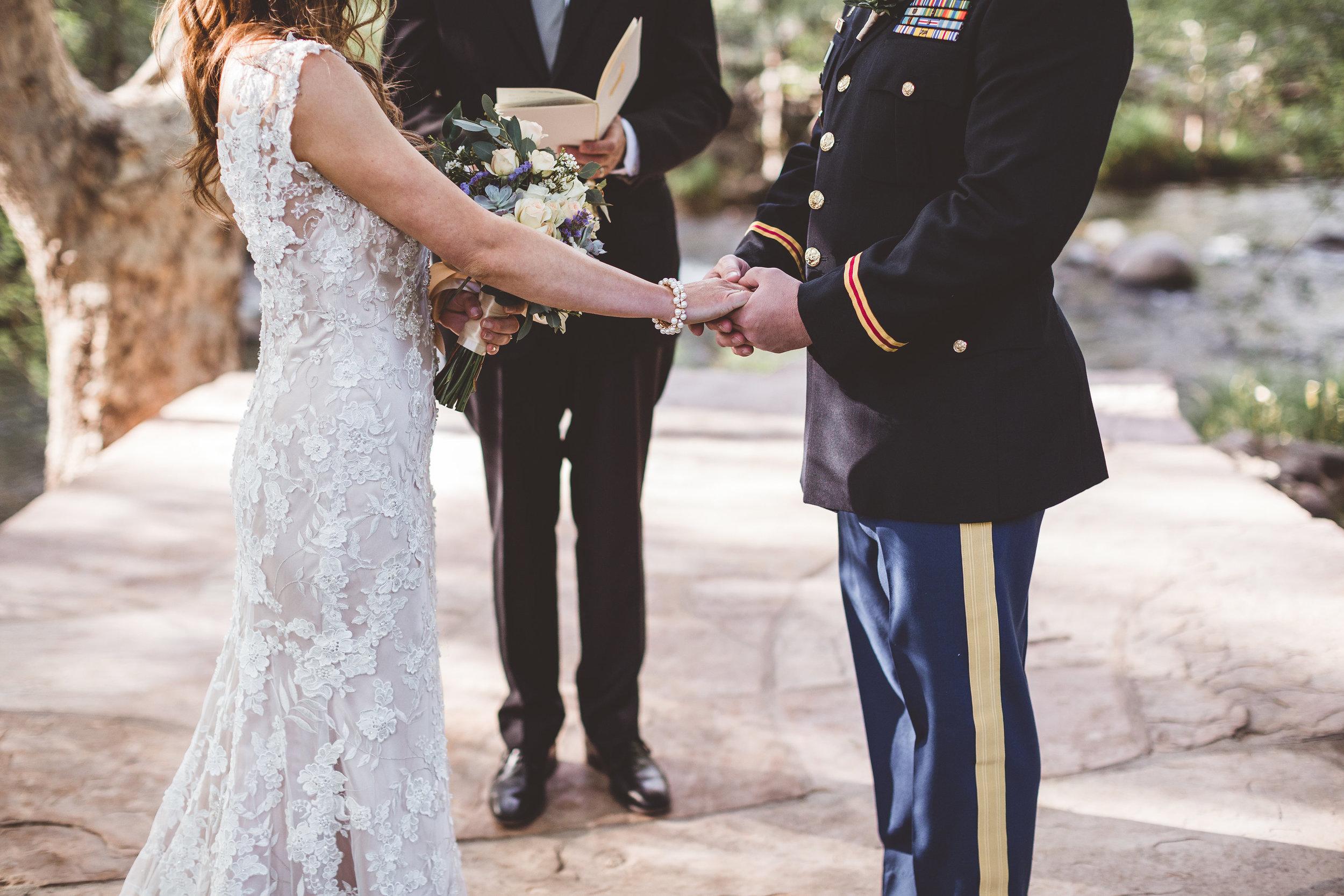 jenna-and-erics-romantic-sedona-wedding13.jpg