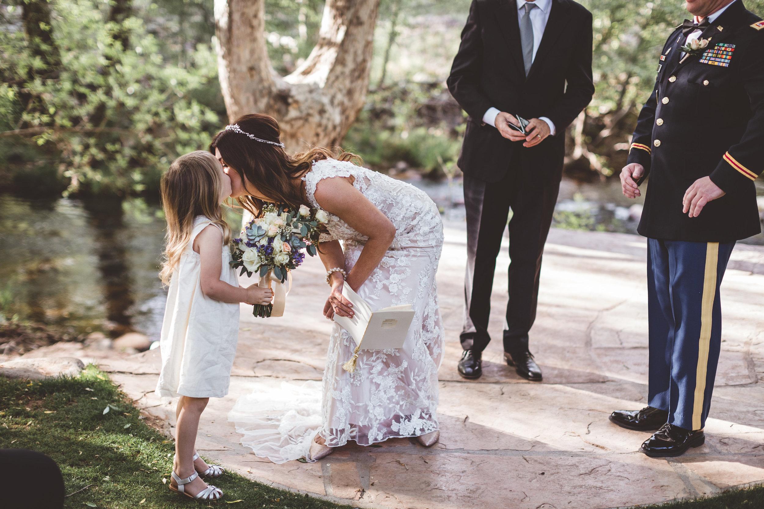 jenna-and-erics-romantic-sedona-wedding16.jpg