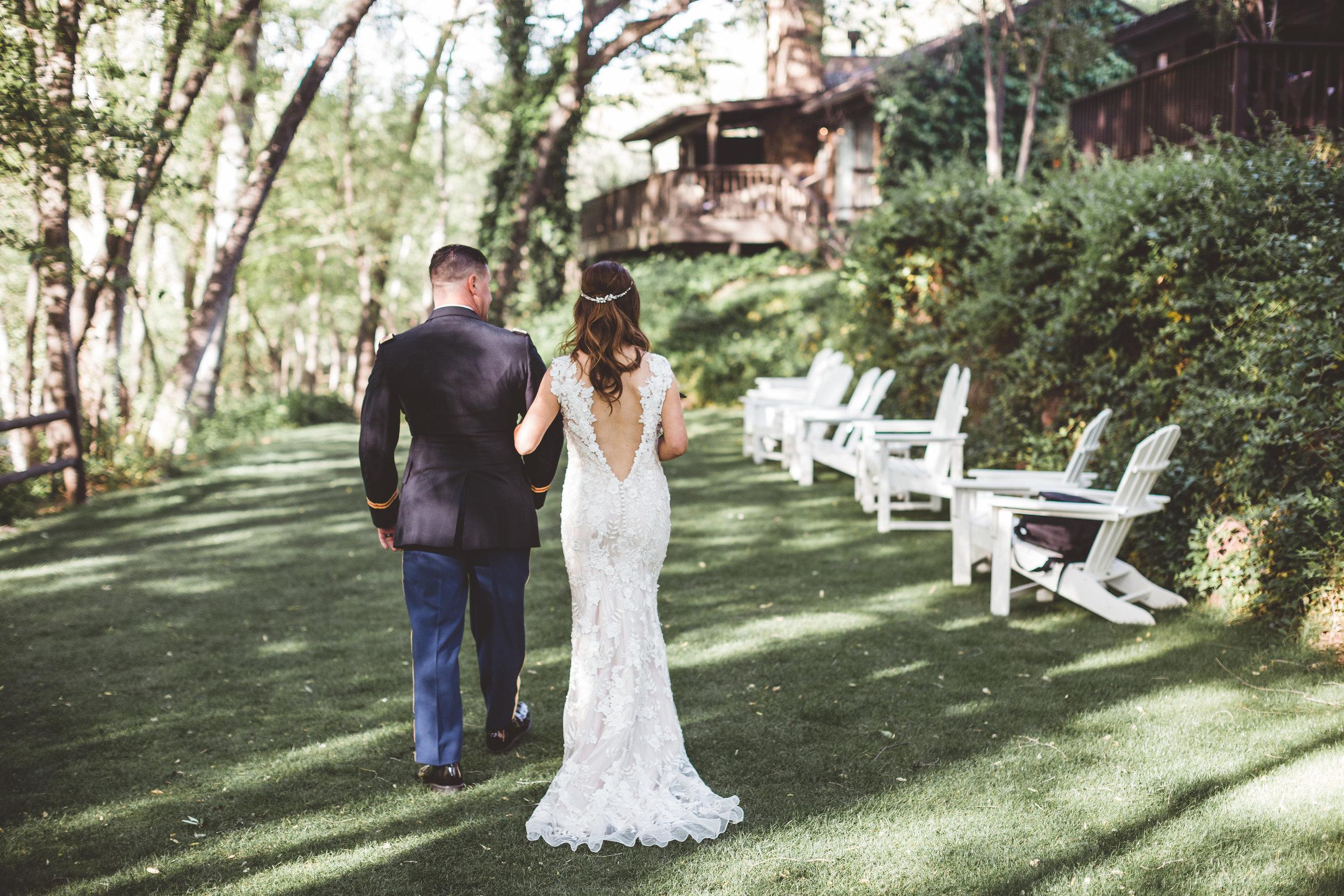 jenna-and-erics-romantic-sedona-wedding23.jpg