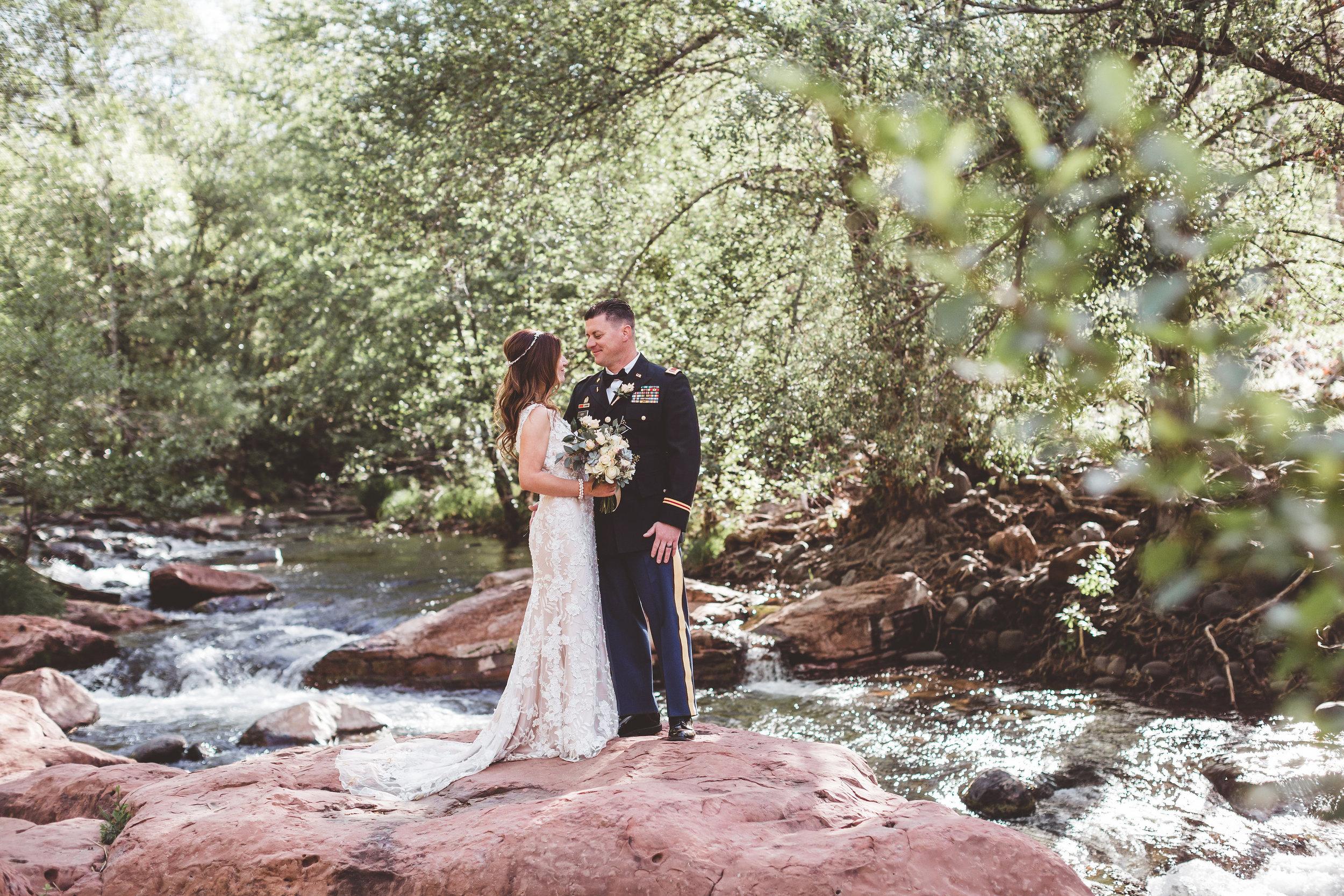 jenna-and-erics-romantic-sedona-wedding28.jpg