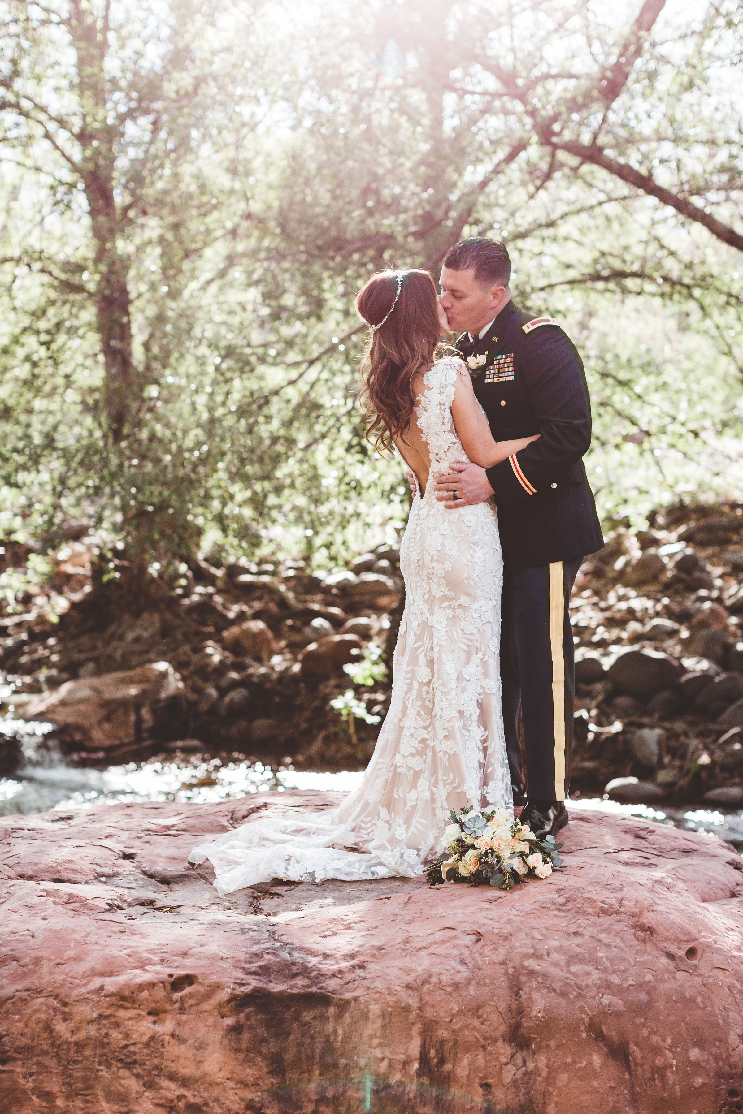 jenna-and-erics-romantic-sedona-wedding31.jpg