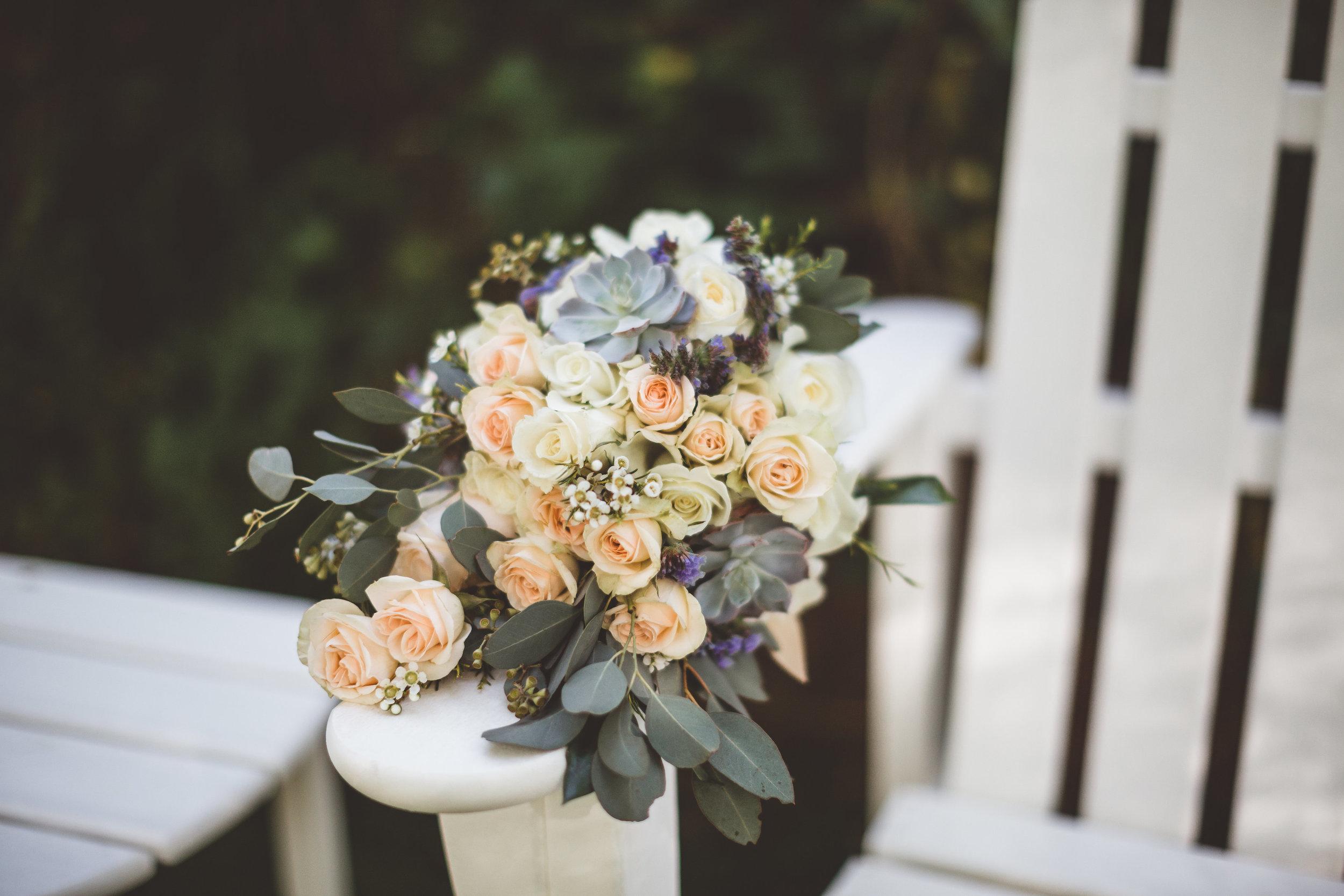 jenna-and-erics-romantic-sedona-wedding38.jpg
