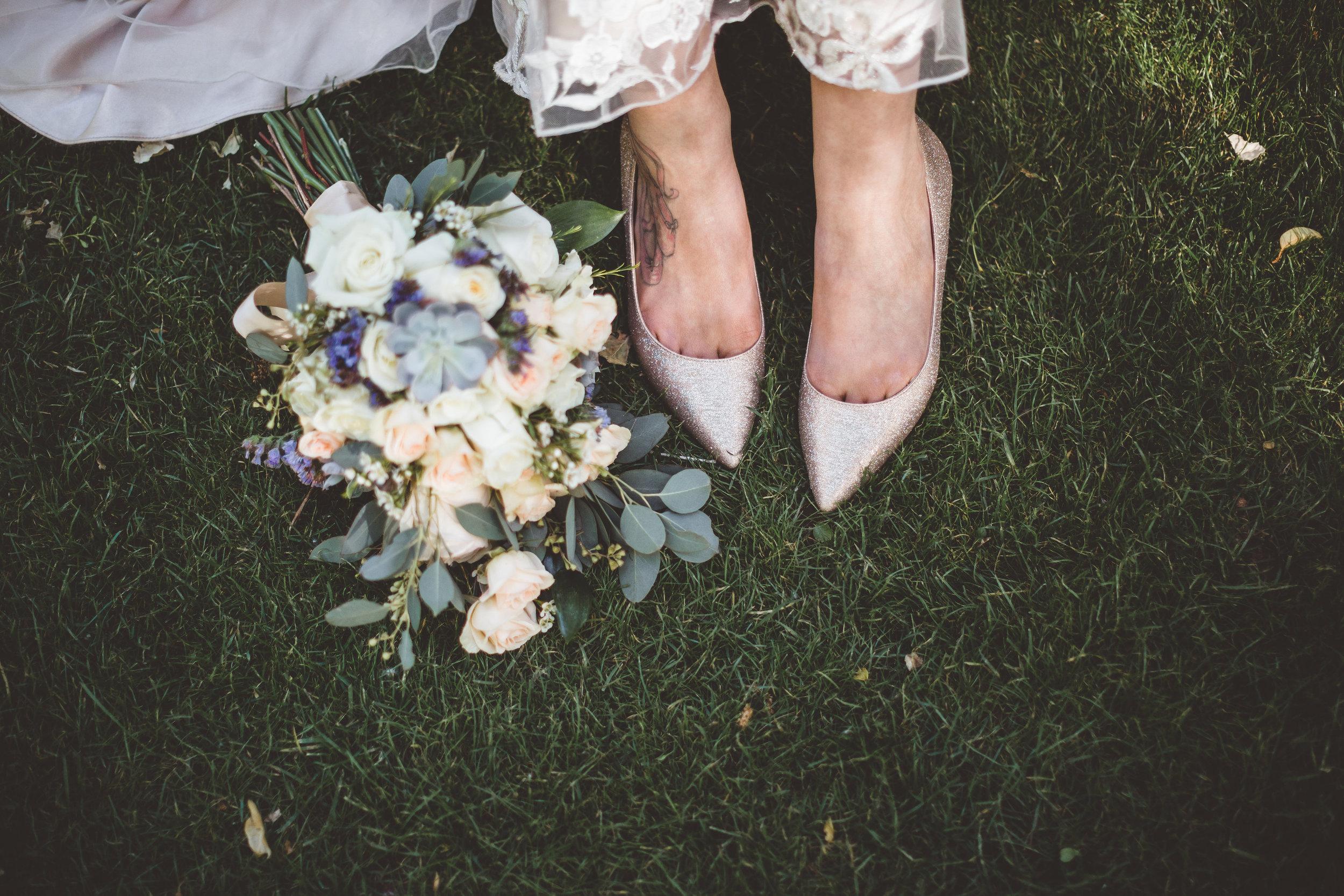 jenna-and-erics-romantic-sedona-wedding43.jpg