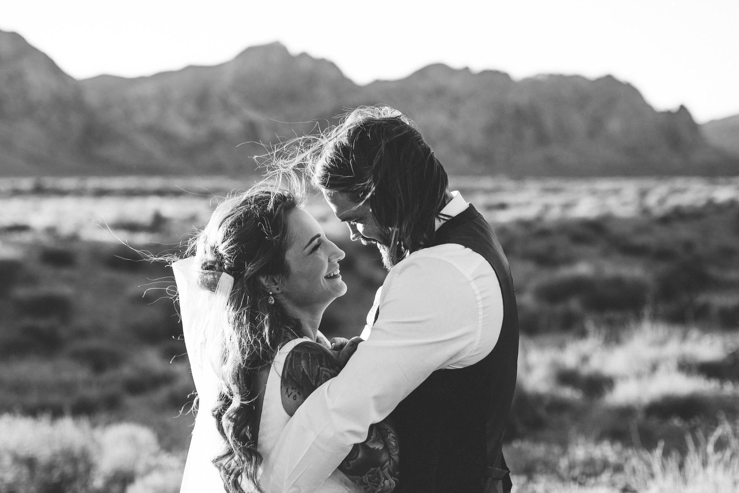 nicoletta-and-adams-rad-las-vegas-desert-elopement13.jpg
