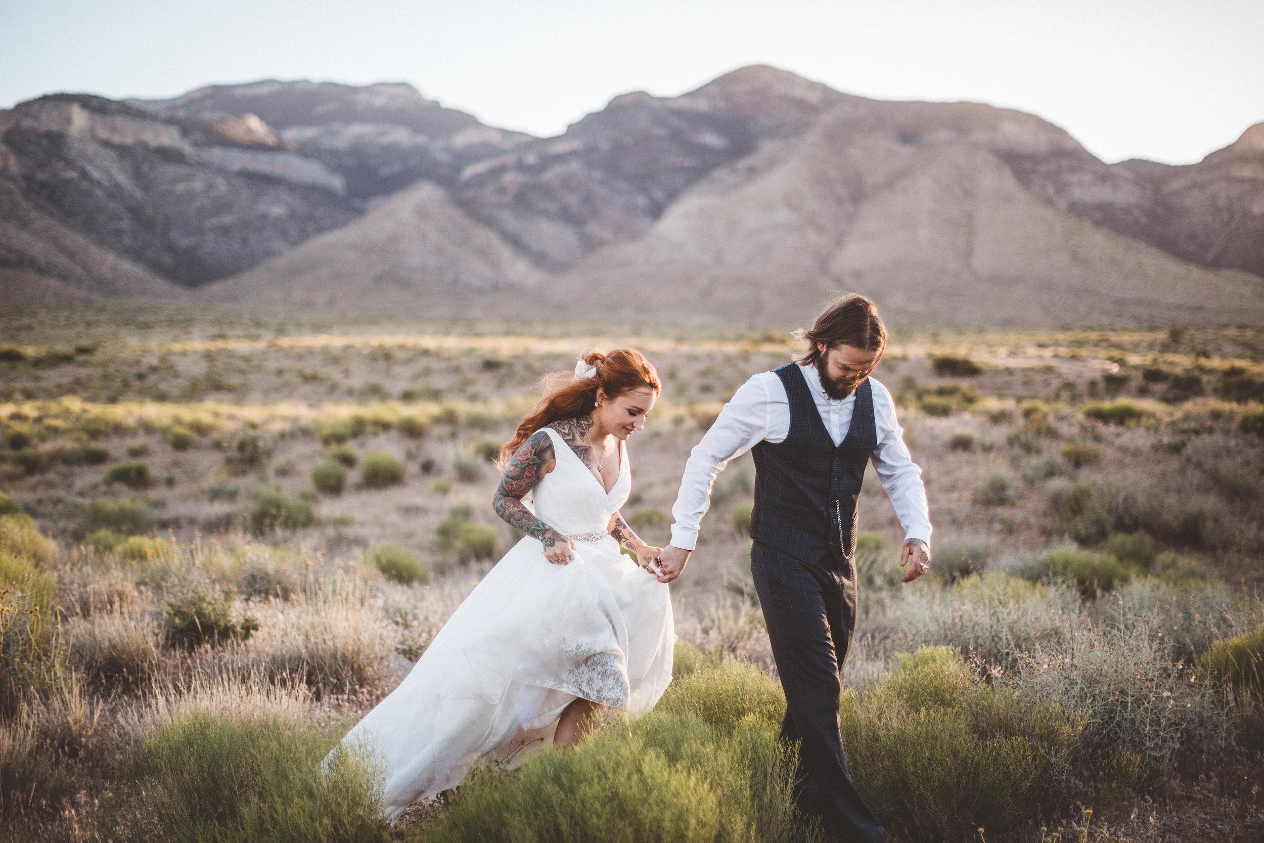 nicoletta-and-adams-rad-las-vegas-desert-elopement18.jpg