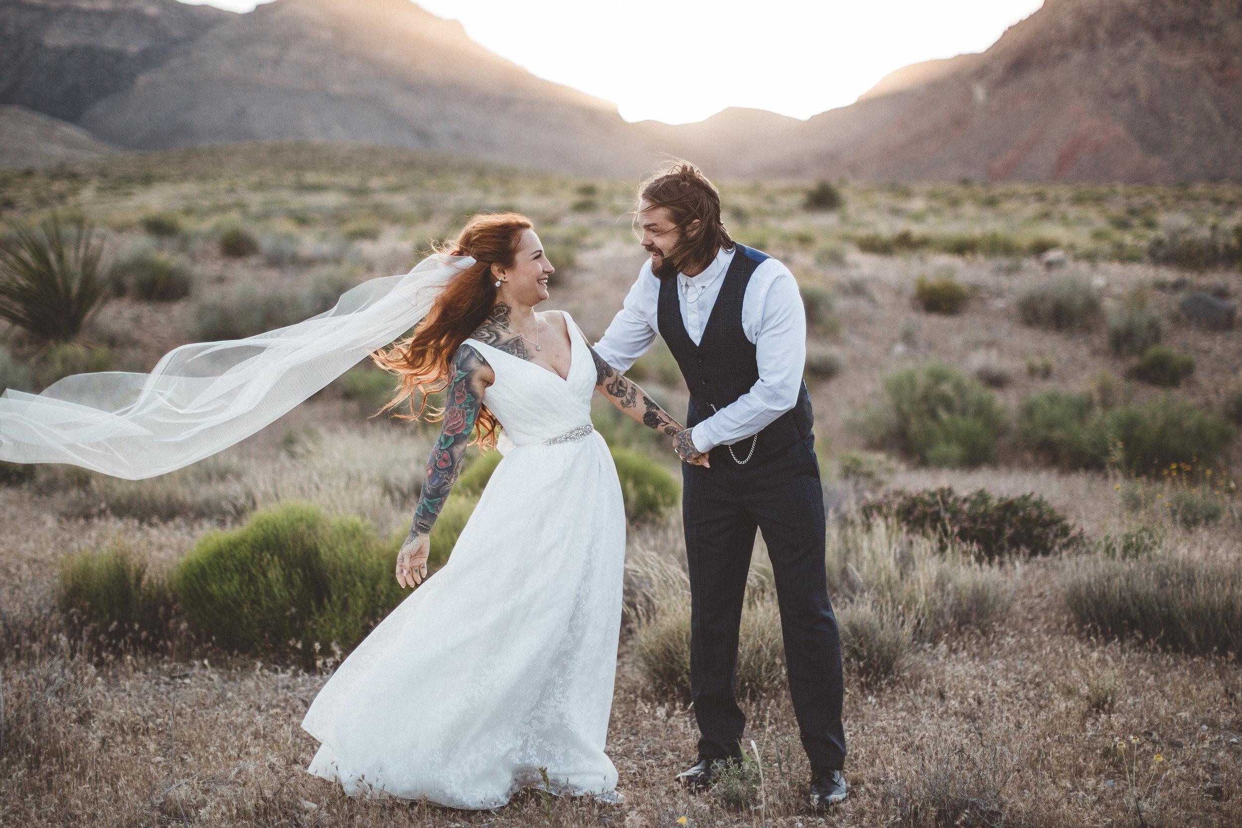 nicoletta-and-adams-rad-las-vegas-desert-elopement21.jpg