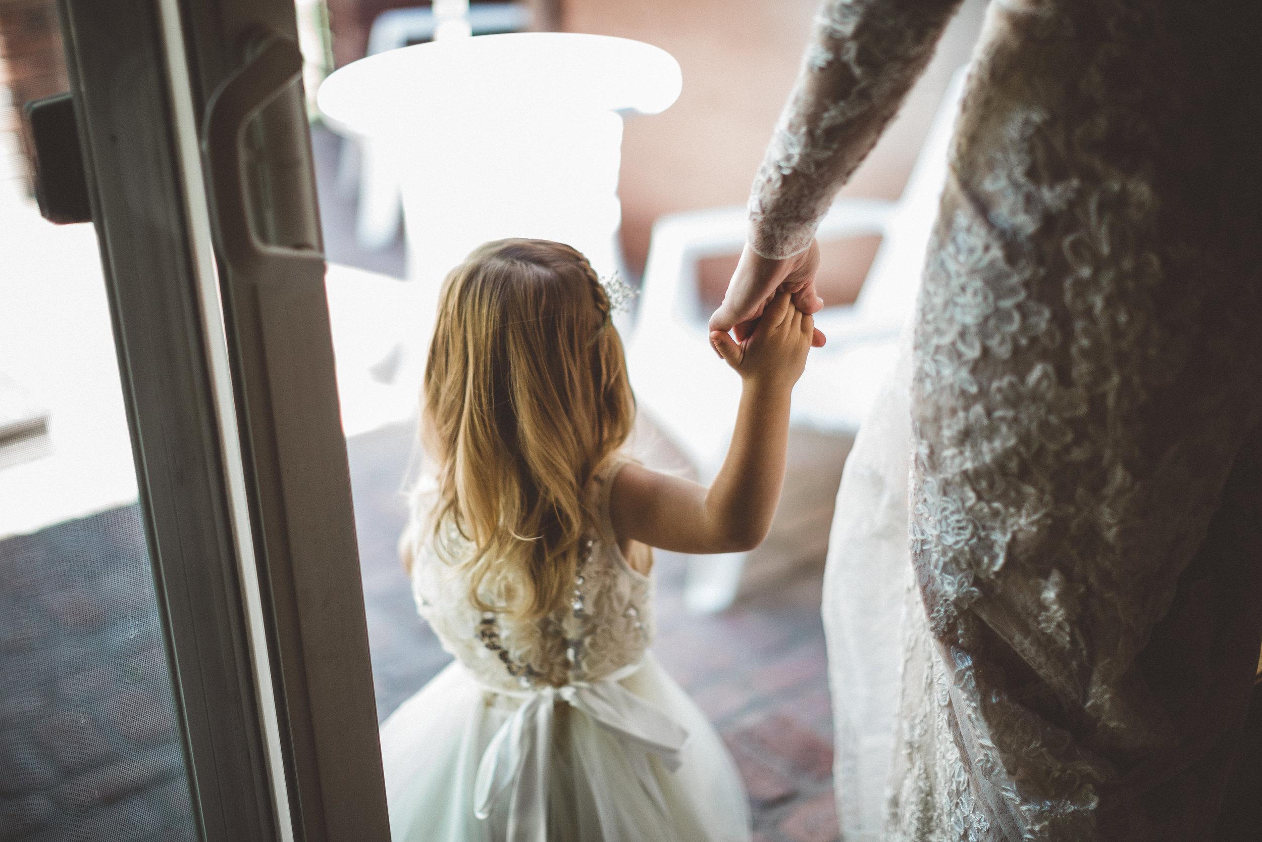 jill-and-alexs-intimates-big-bear-wedding9.jpg