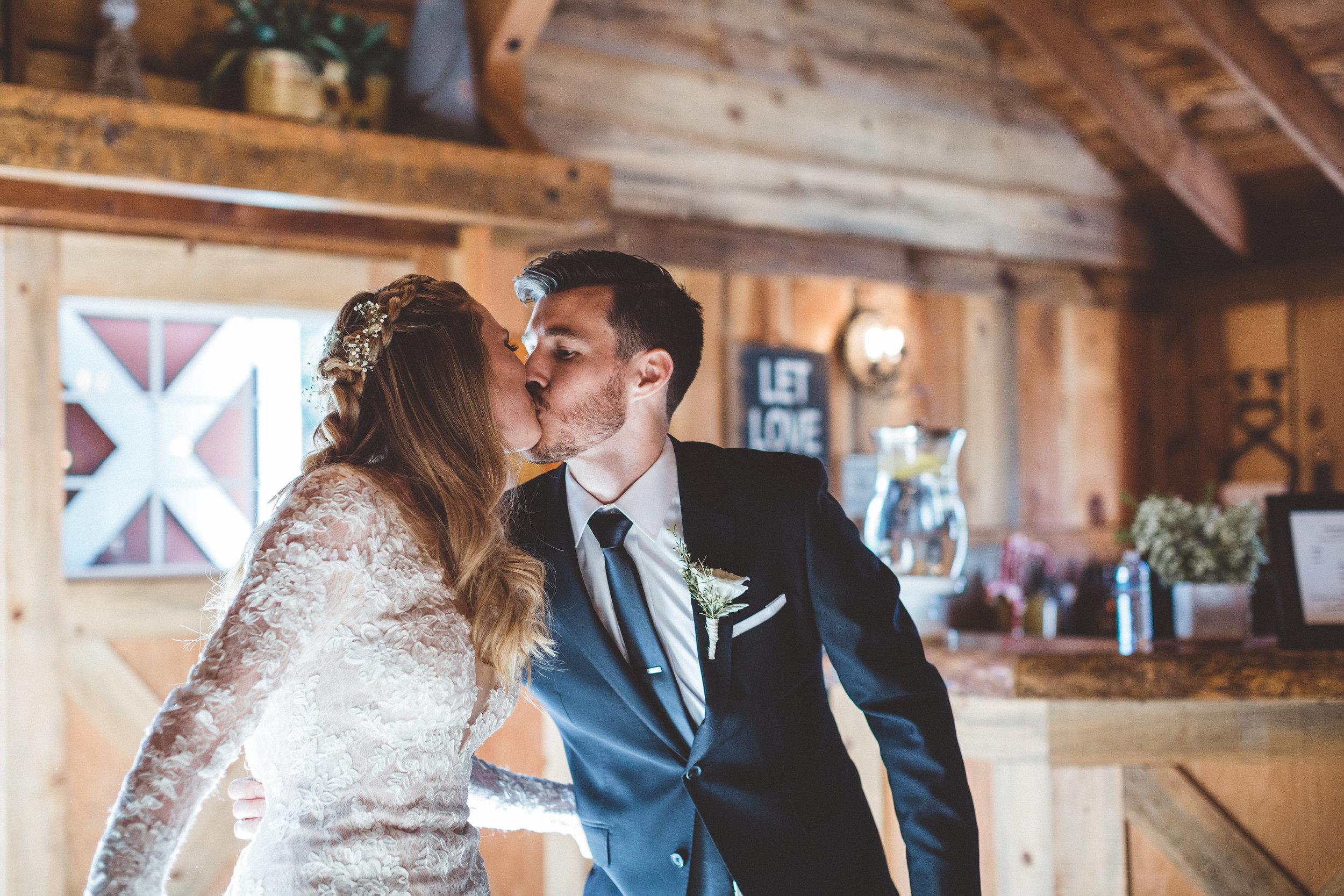 jill-and-alexs-intimates-big-bear-wedding40.jpg