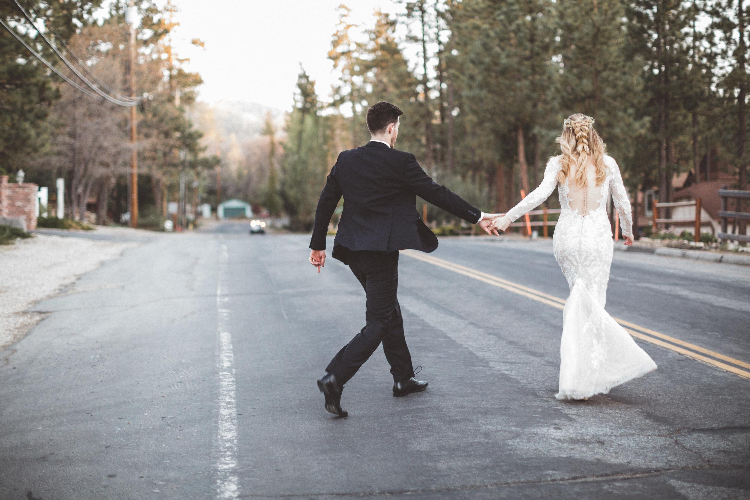 jill-and-alexs-intimates-big-bear-wedding49.jpg