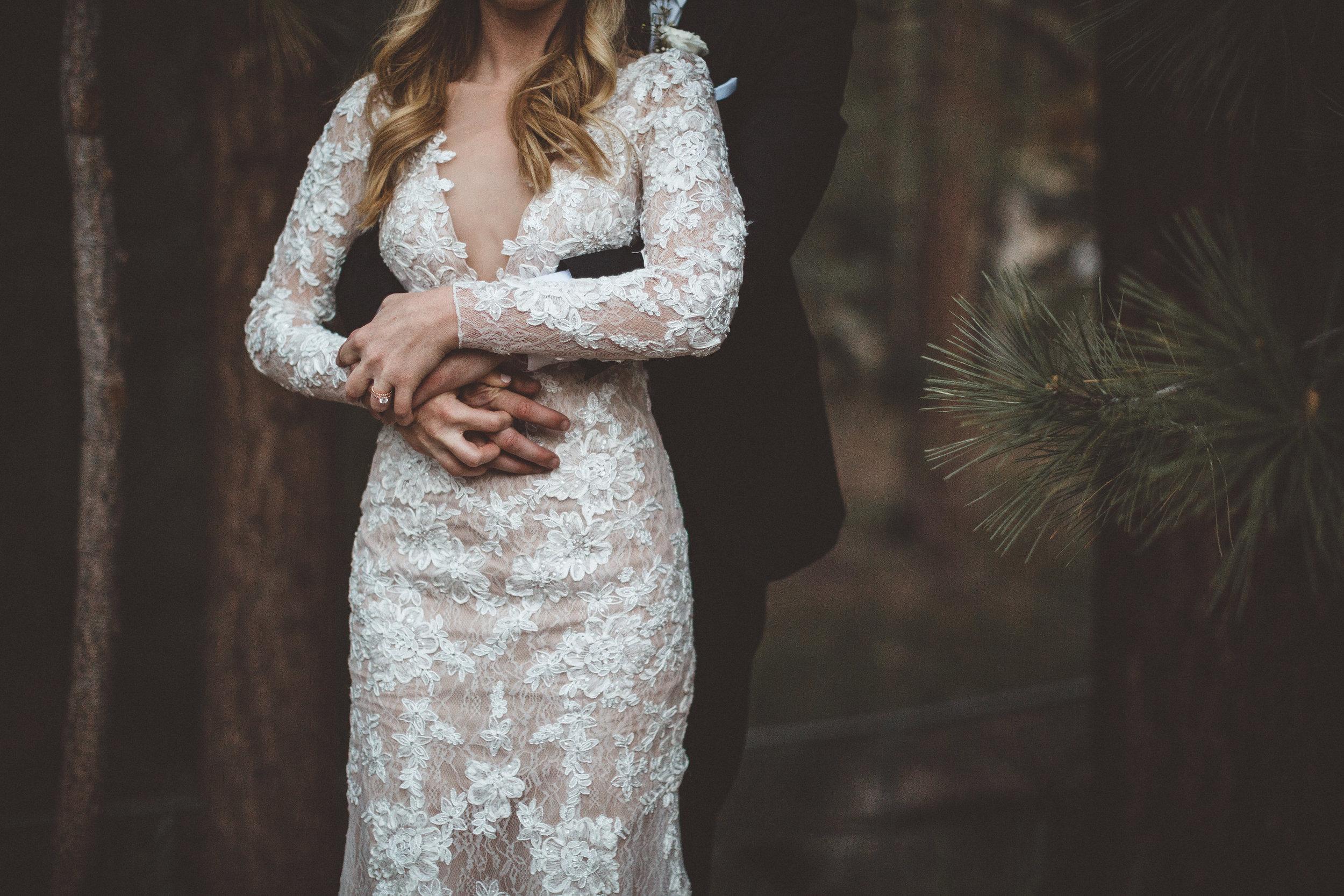 jill-and-alexs-intimates-big-bear-wedding54.jpg
