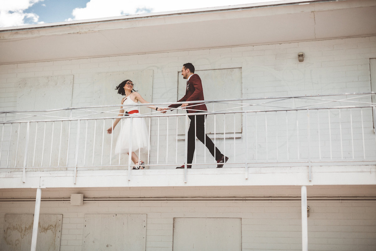004A5904-downtown-las-vegas-rooftop-elopement.jpg
