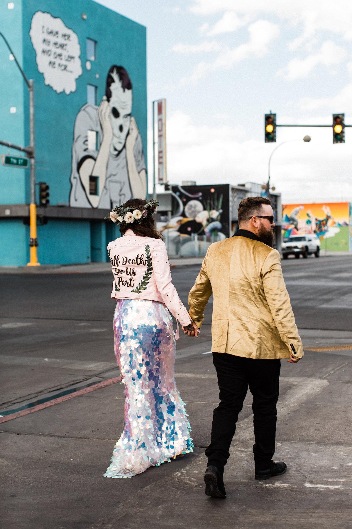 004A9194legendary-las-vegas-elopement.jpg