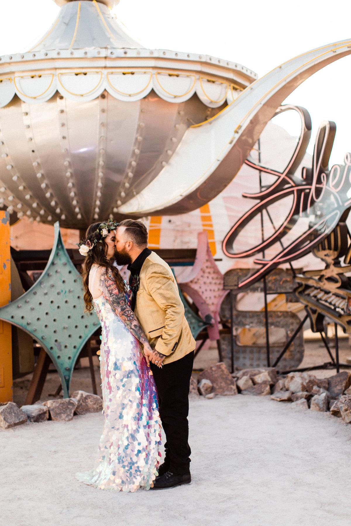 004A9739legendary-las-vegas-elopement.jpg